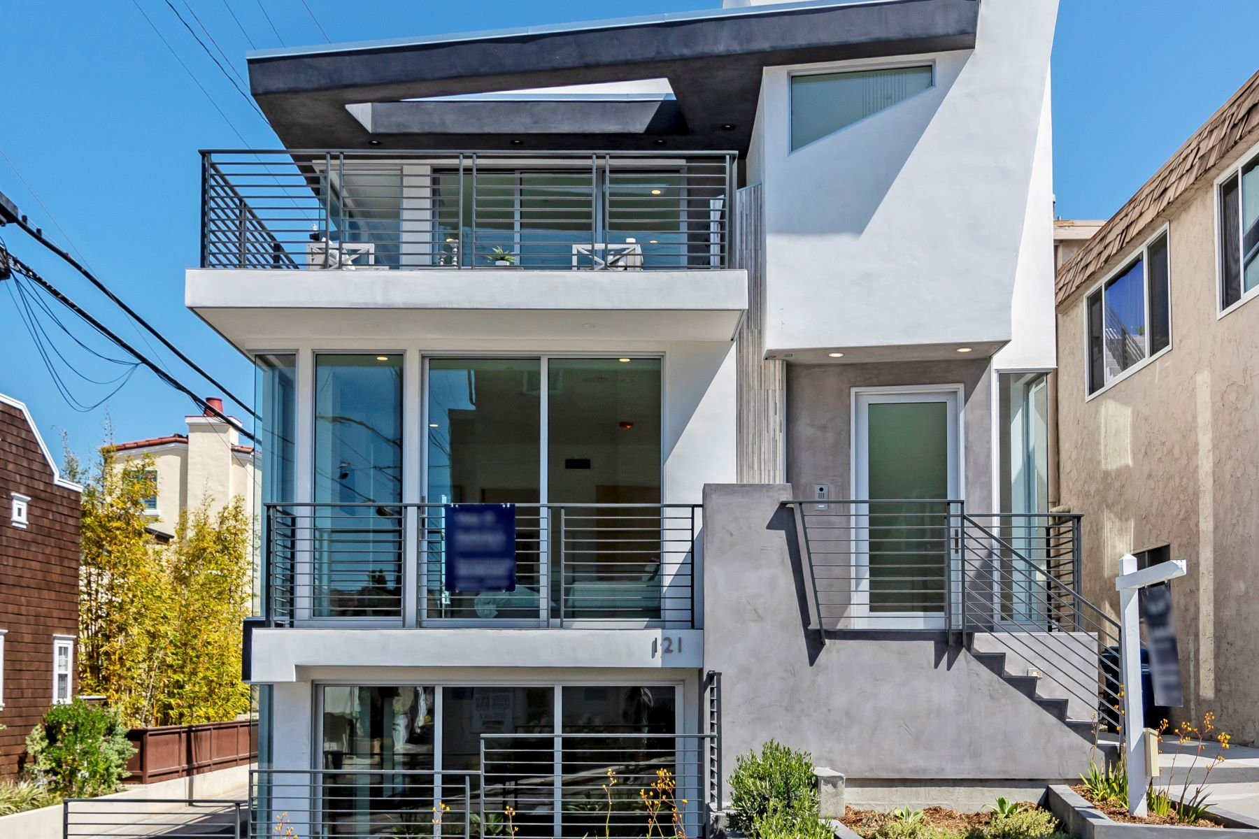 Single Family Homes for Sale at 121 16th Street, Hermosa Beach, CA 90254 121 16th Street Hermosa Beach, California 90254 United States