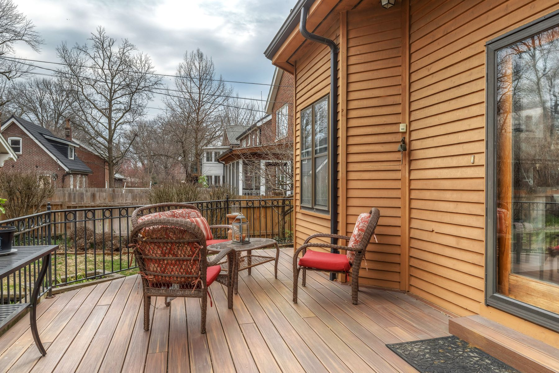 Additional photo for property listing at Exceptional Ames Place Home 6947 Pershing Avenue University City, Missouri 63130 United States