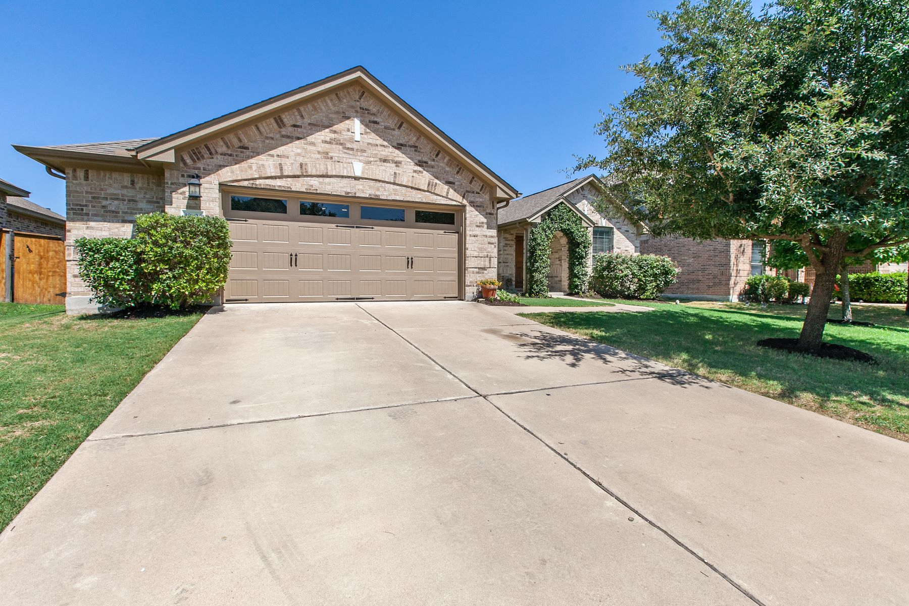 Single Family Homes for Sale at 19504 Morgana Drive, Pflugerville, TX 78660 Pflugerville, Texas 78660 United States