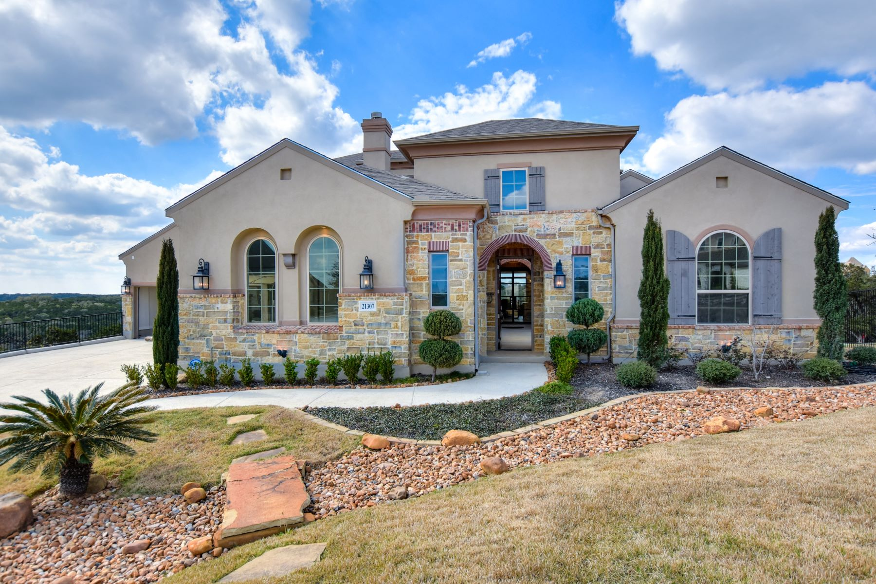 Single Family Home for Sale at Spectacular Hill Country Estate 21307 Rembrandt Hill, San Antonio, Texas, 78256 United States