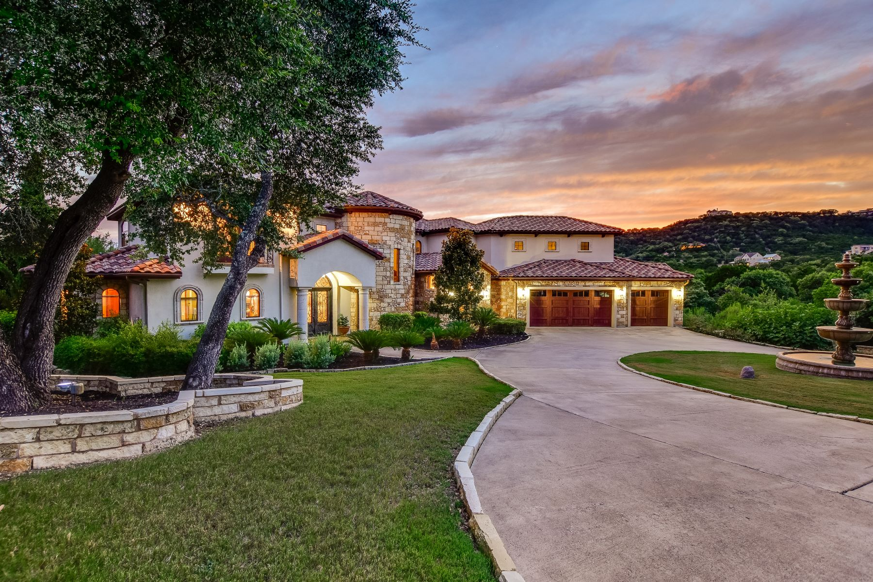 Single Family Homes for Sale at Tuscan-Style Lake Travis Escape With Vineyard 16920 Northlake Hills Drive Jonestown, Texas 78645 United States