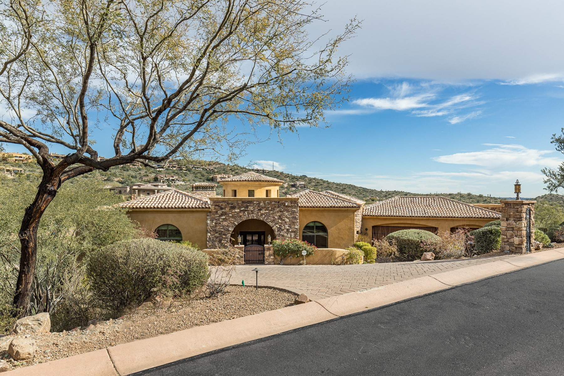 Single Family Homes for Active at FireRock Country Club 9445 N DESERT WASH TRL Fountain Hills, Arizona 85268 United States
