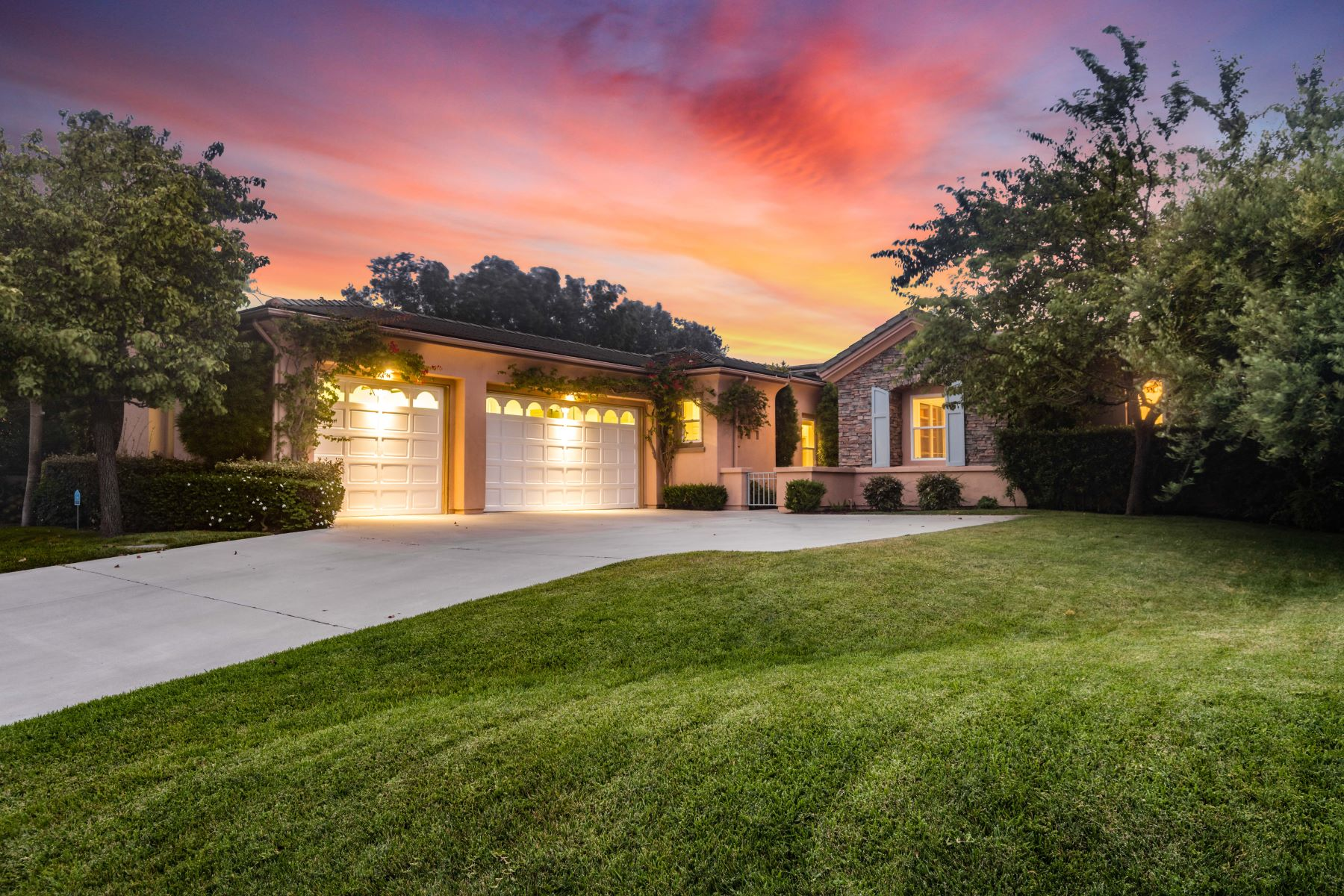 Single Family Homes for Sale at 68 Sea Breeze Avenue, Rancho Palos Verdes, CA 90275 68 Sea Breeze Avenue Rancho Palos Verdes, California 90275 United States