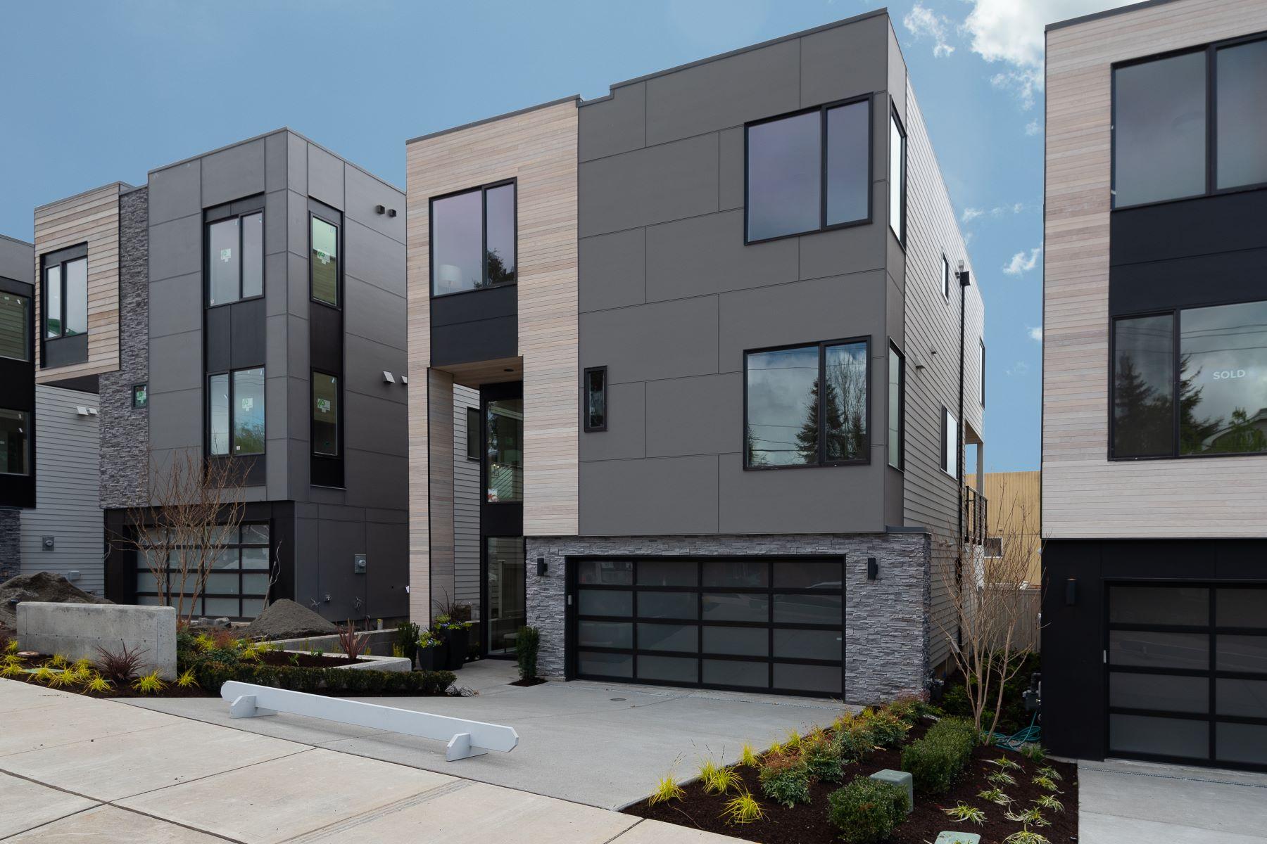 Single Family Homes por un Venta en 10127 NE 60th Street (Lot 3), Kirkland, WA 98033 10127 NE 60th Street (Lot 3) Kirkland, Washington 98033 Estados Unidos