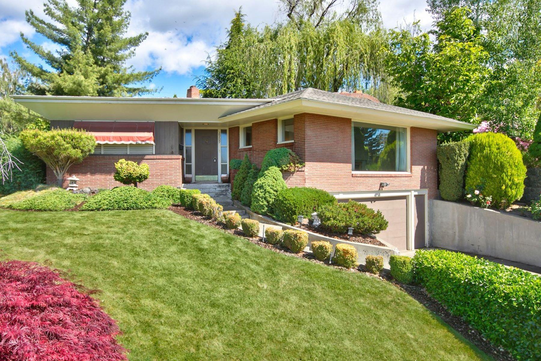 Single Family Homes 용 매매 에 2909 Shelton Ave, Yakima, WA 98902 Yakima, 워싱톤 98902 미국