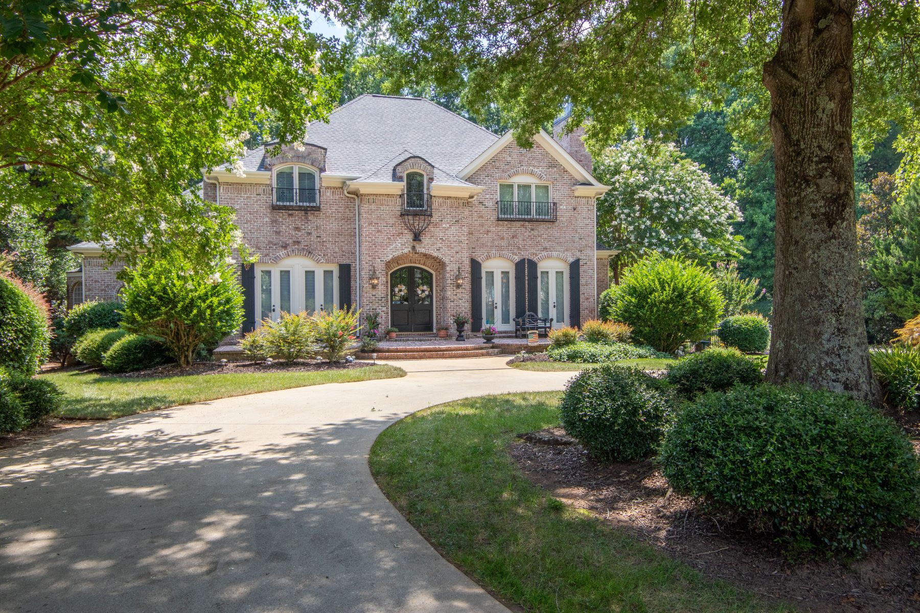Single Family Homes 용 매매 에 208 Sanders Place, Simpsonville, SC 29681 Simpsonville, 사우스캐놀라이나 29681 미국
