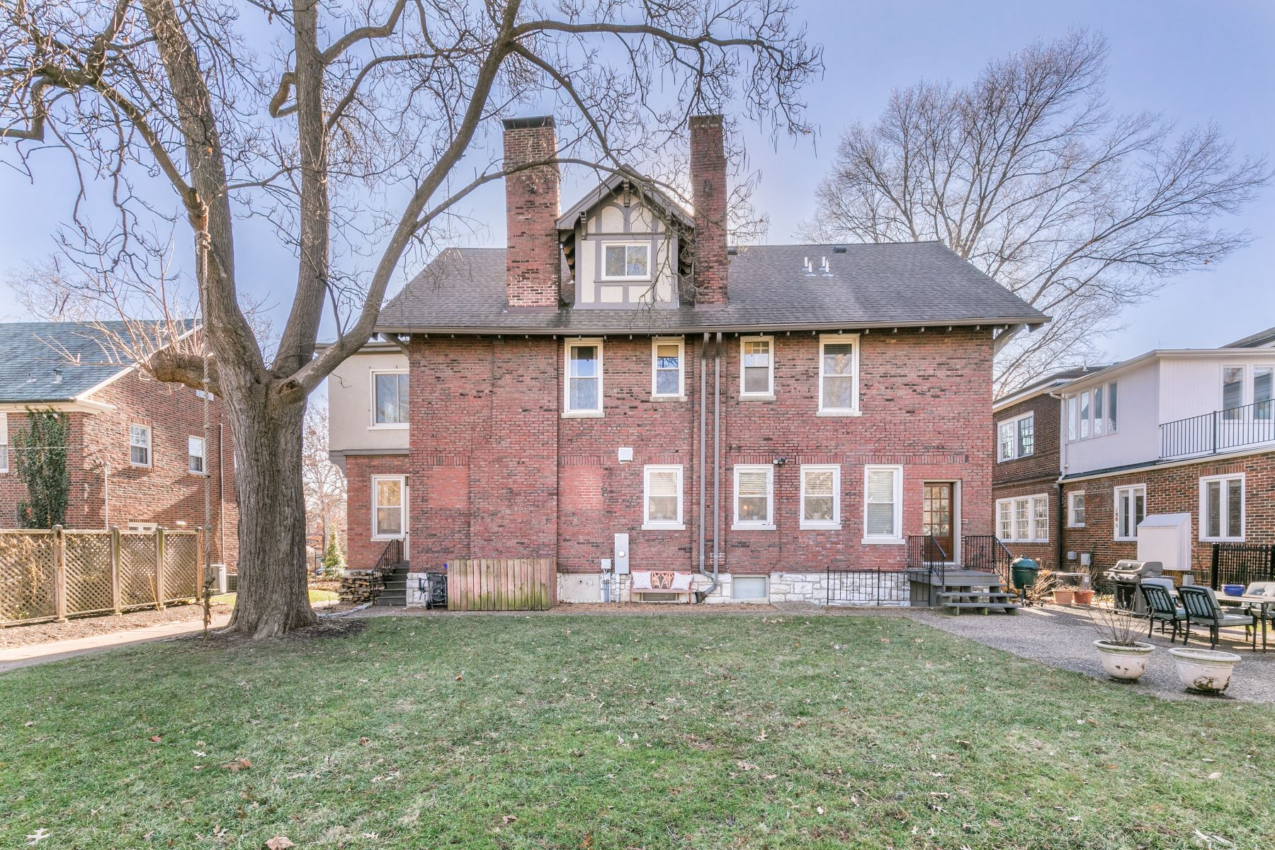 Additional photo for property listing at Meticulously Restored Home 6903 Kingsbury Boulevard University City, Missouri 63130 United States
