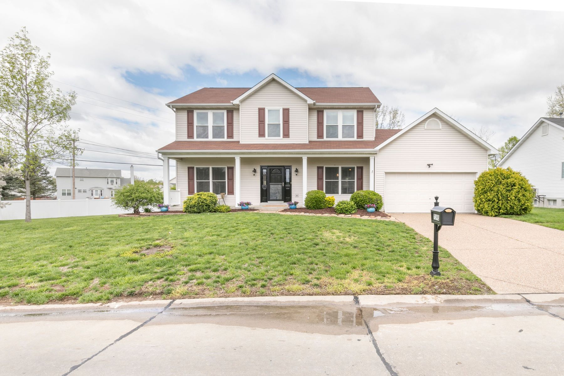 Single Family Home for Sale at Villages at Dardenne 7193 Dardenne Prairie Drive O Fallon, Missouri 63368 United States