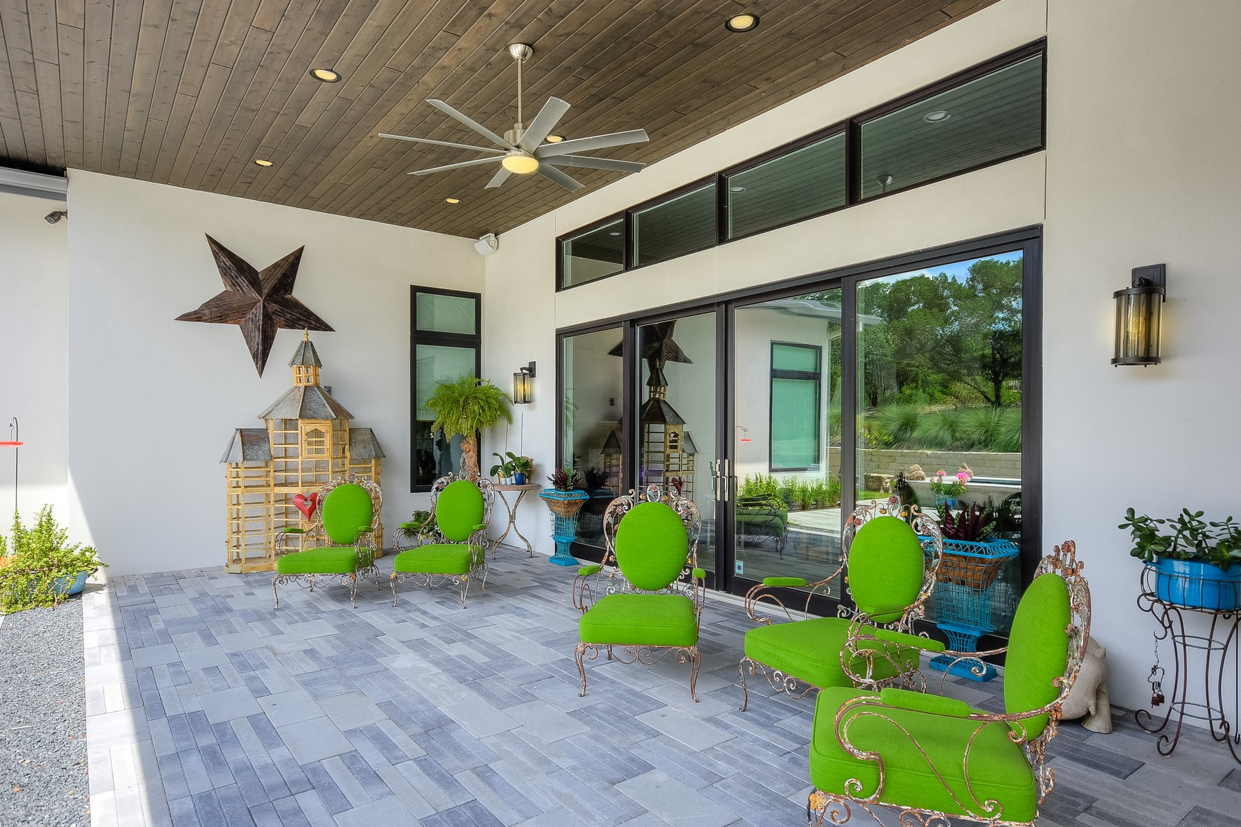 Additional photo for property listing at Whimsical Modern Retreat in Coveted Barton Creek 4312 Verano Dr Austin, Texas 78735 United States