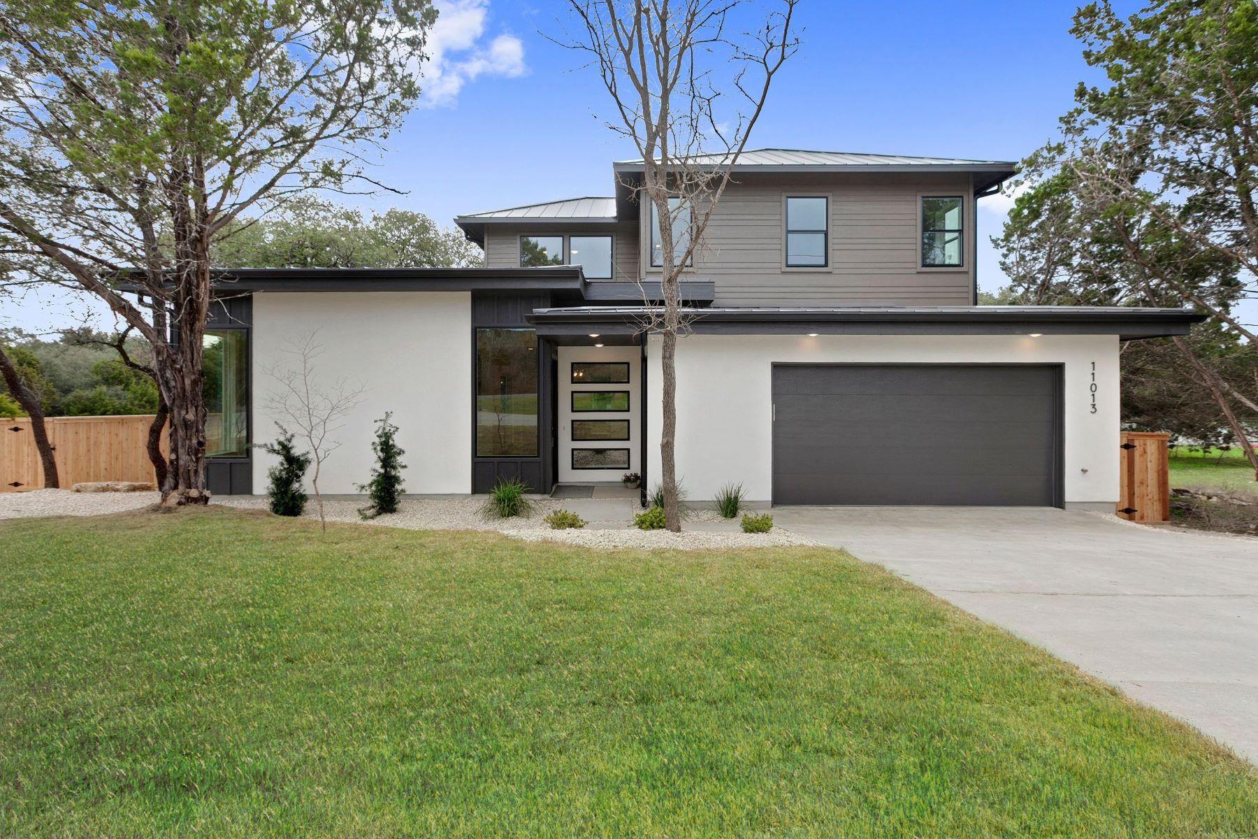 Single Family Homes für Verkauf beim Mid Century Modern in Jonestown Hills 11013 4th Street, Jonestown, Texas 78645 Vereinigte Staaten