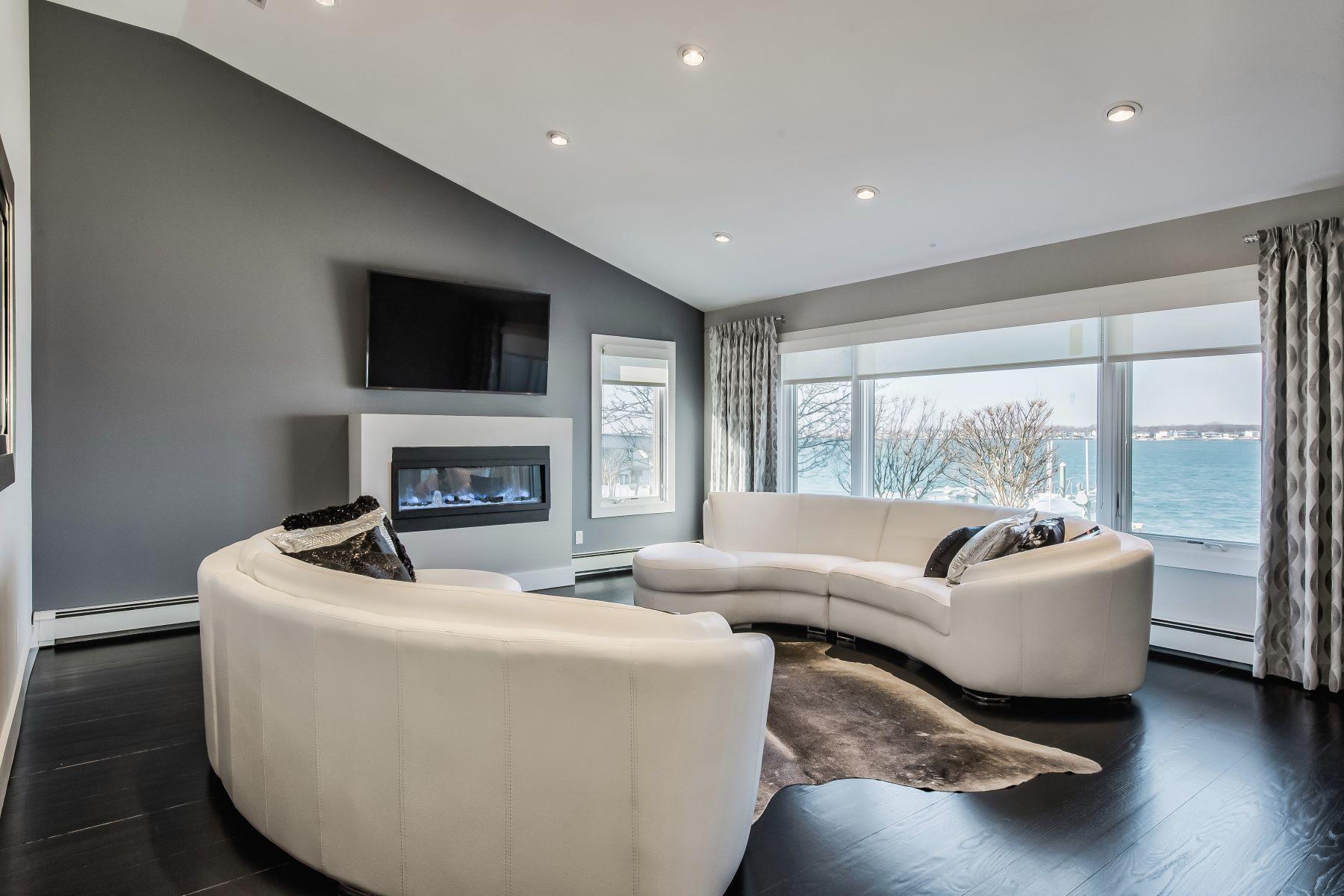 Single Family Homes 為 出售 在 Merrick 3360 Hewlett Avenue, Merrick, 纽约 11566 美國