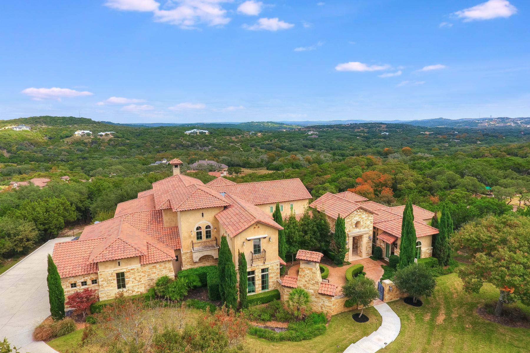 Single Family Homes for Active at Majestic Views in Exclusive Anaqua Springs 24818 Caliza Terrace Boerne, Texas 78006 United States