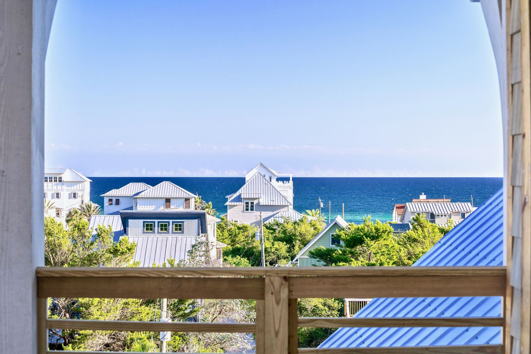 Single Family Homes por un Venta en Meticulously Custom Designed Home with Gulf Views in Inlet Beach 212 Walton Rose Lane, Inlet Beach, Florida 32461 Estados Unidos