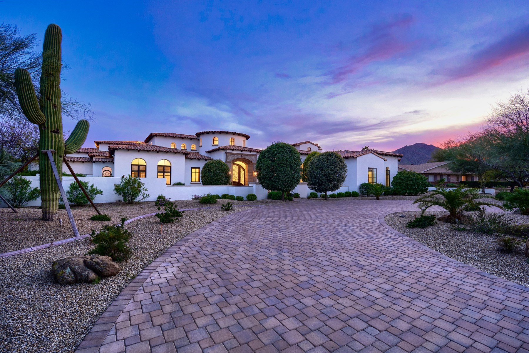 Property for Sale at Hidden Village 6809 E Valley Vista LN, Paradise Valley, Arizona 85253 United States