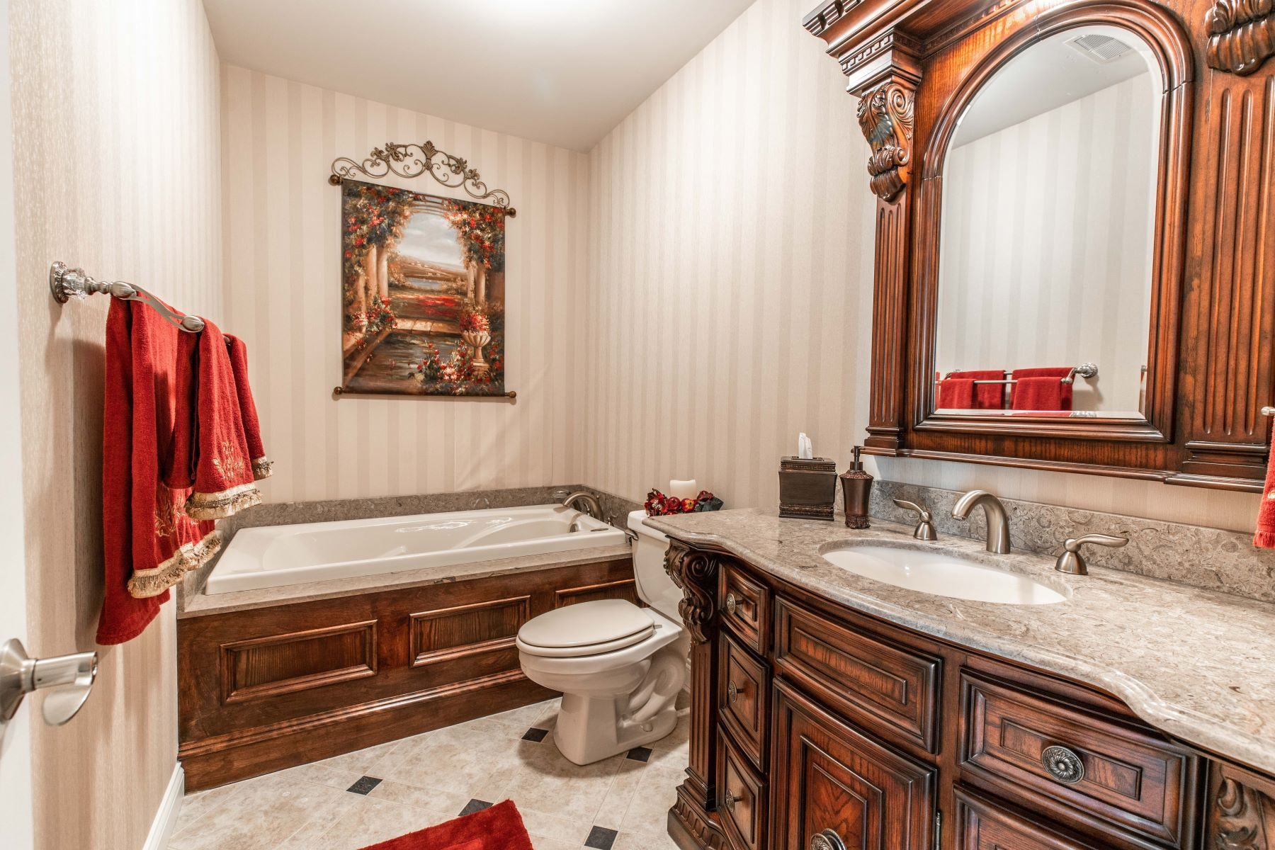 Additional photo for property listing at Elegant Ranch on 3 Acres 18563 Bridlespur Estates Drive Wildwood, Missouri 63069 United States