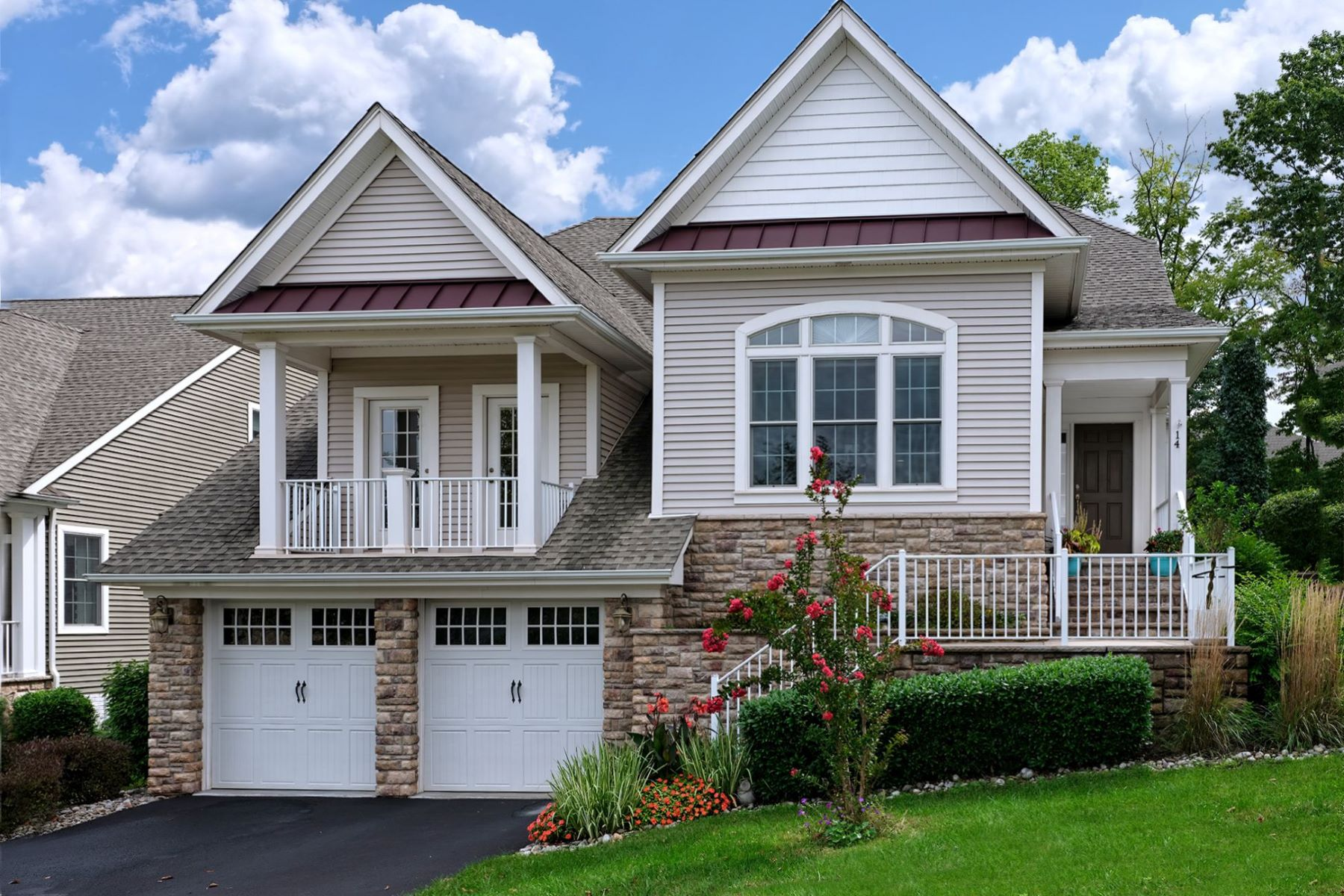 Single Family Homes للـ Sale في A Standout Filled With Luxury In Tapestry 14 Bedford Drive, Skillman, New Jersey 08558 United States