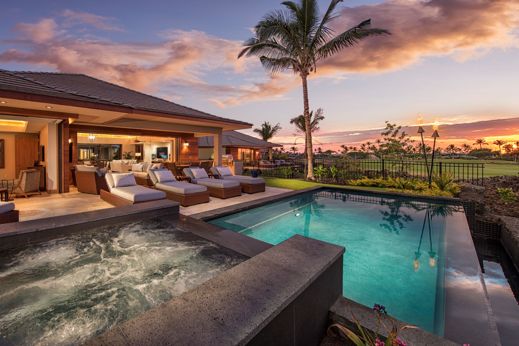Single Family Homes 용 매매 에 The Residences Of Laule'a 68-1210 S. Kaniku Alanui #5A2, Kamuela, 하와이 96743 미국