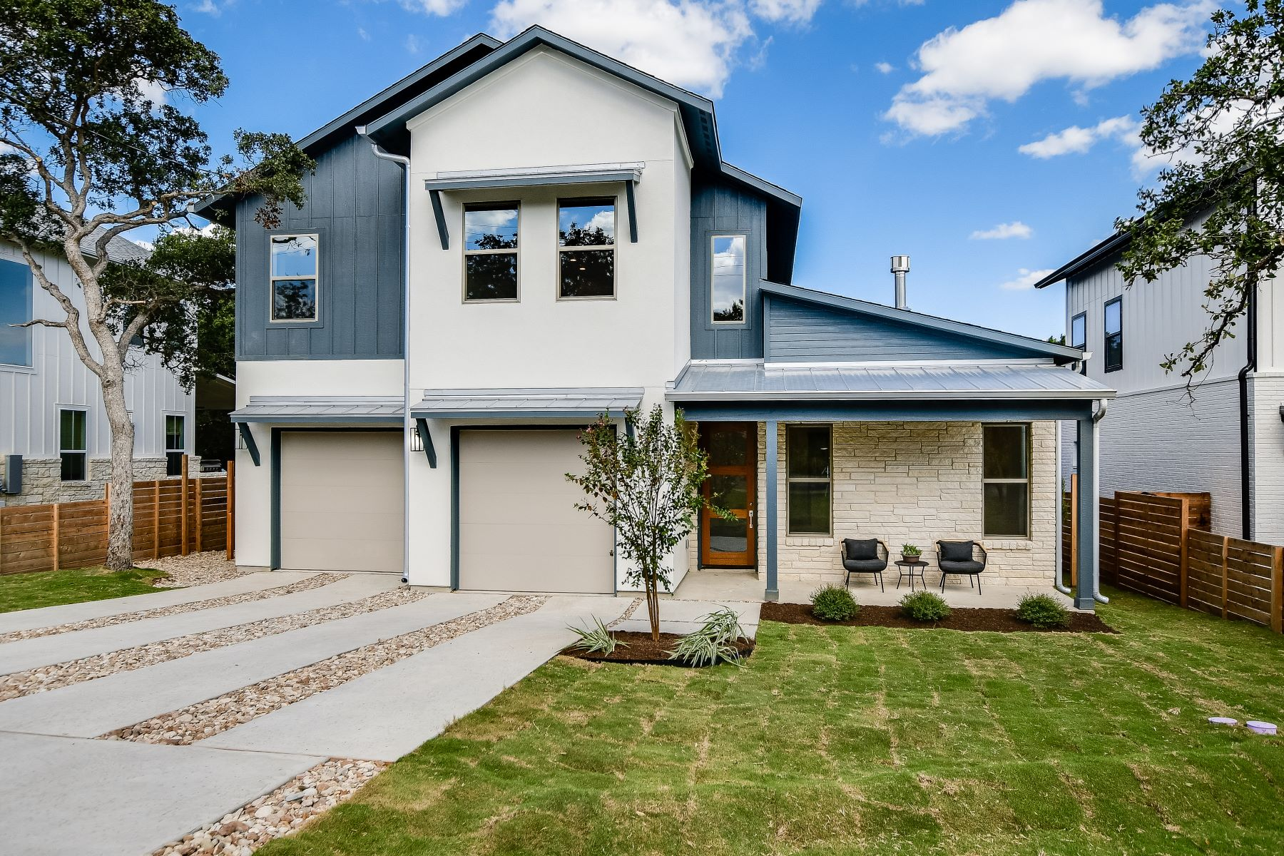 Single Family Homes for Sale at Hill Country Modern 11003 7th Street Jonestown, Texas 78645 United States
