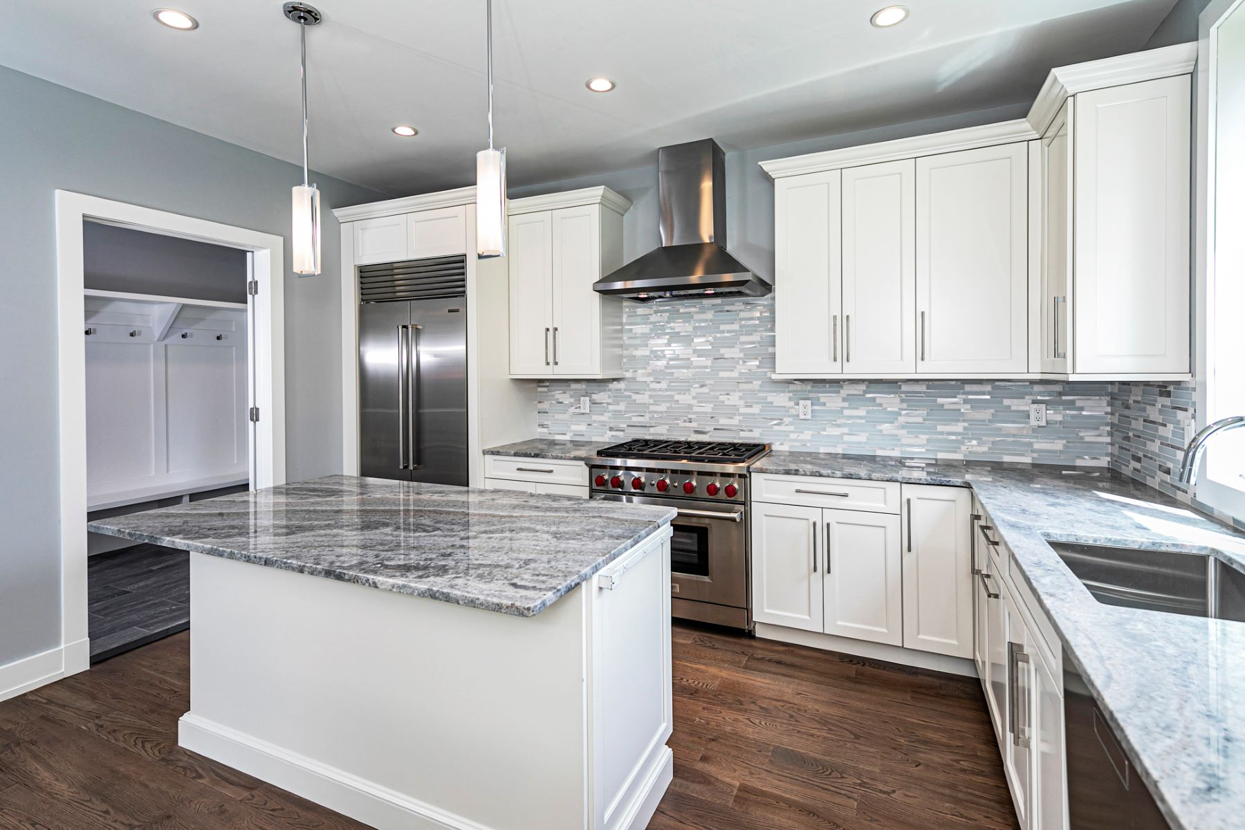 Additional photo for property listing at Distinctive New Home, Blocks from Nassau Street 49 Patton Avenue, Princeton, Nueva Jersey 08540 Estados Unidos
