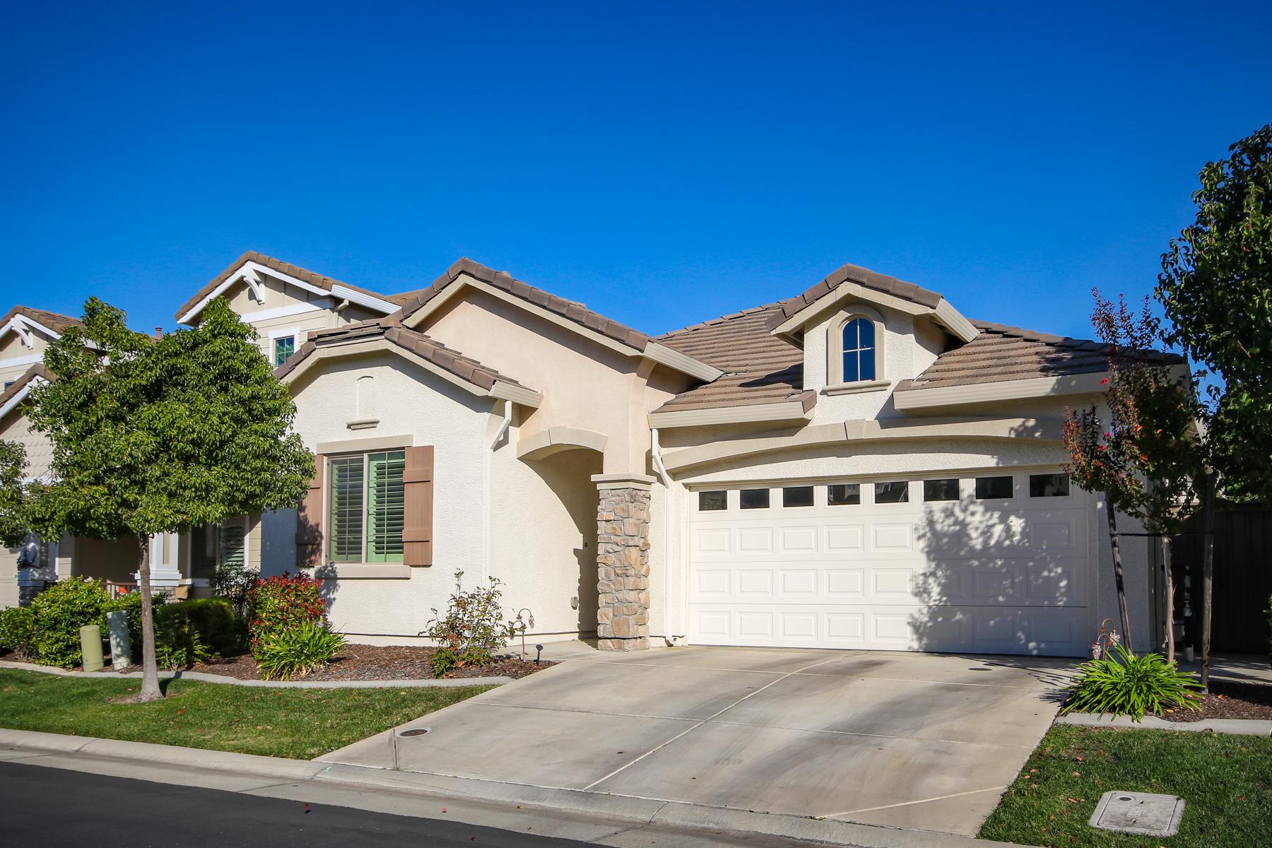 Single Family Homes for Sale at 1912 Della Verona Drive, Roseville, CA 95747 1912 Della Verona Drive Roseville, California 95747 United States