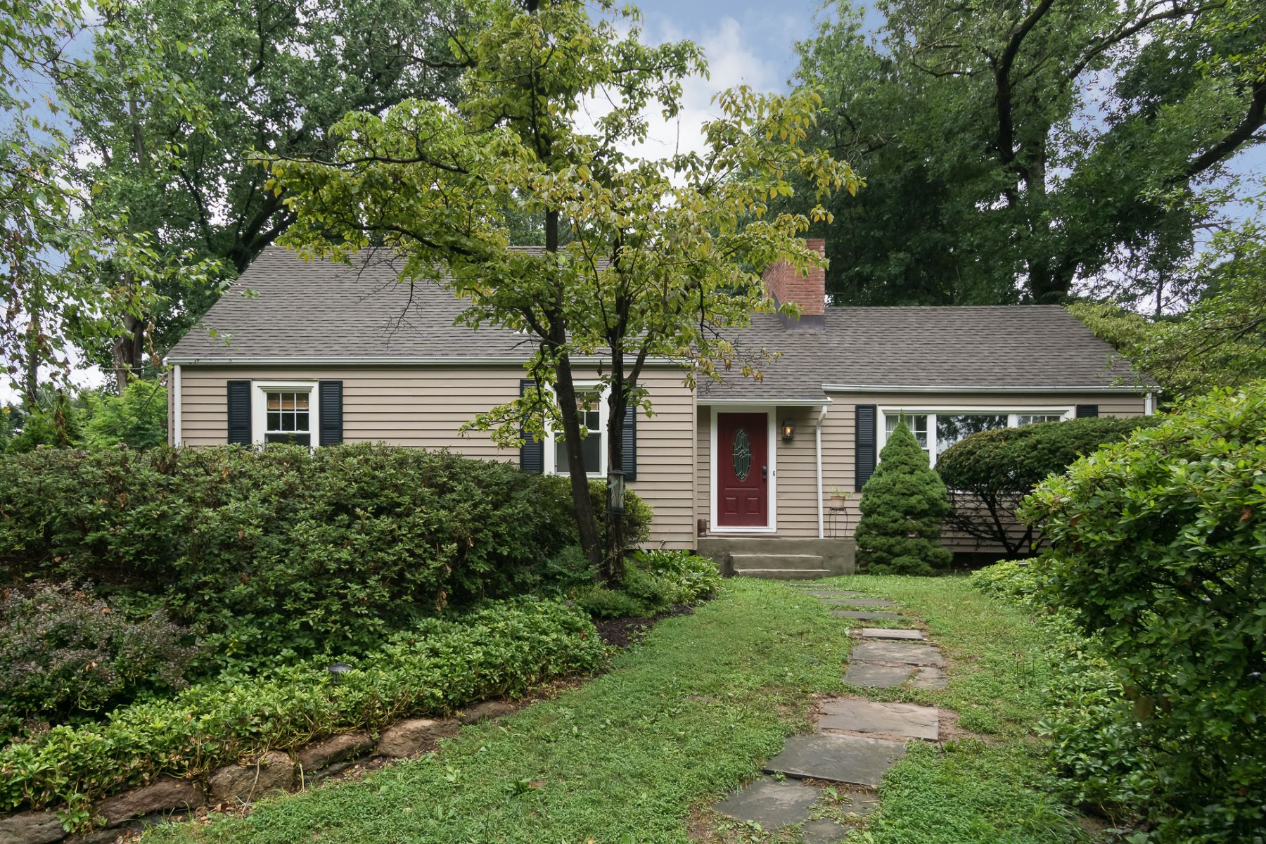 Charming Home With Expansion Possibilities 764 River Road, Ewing, Nova Jersey 08628 Estados Unidos