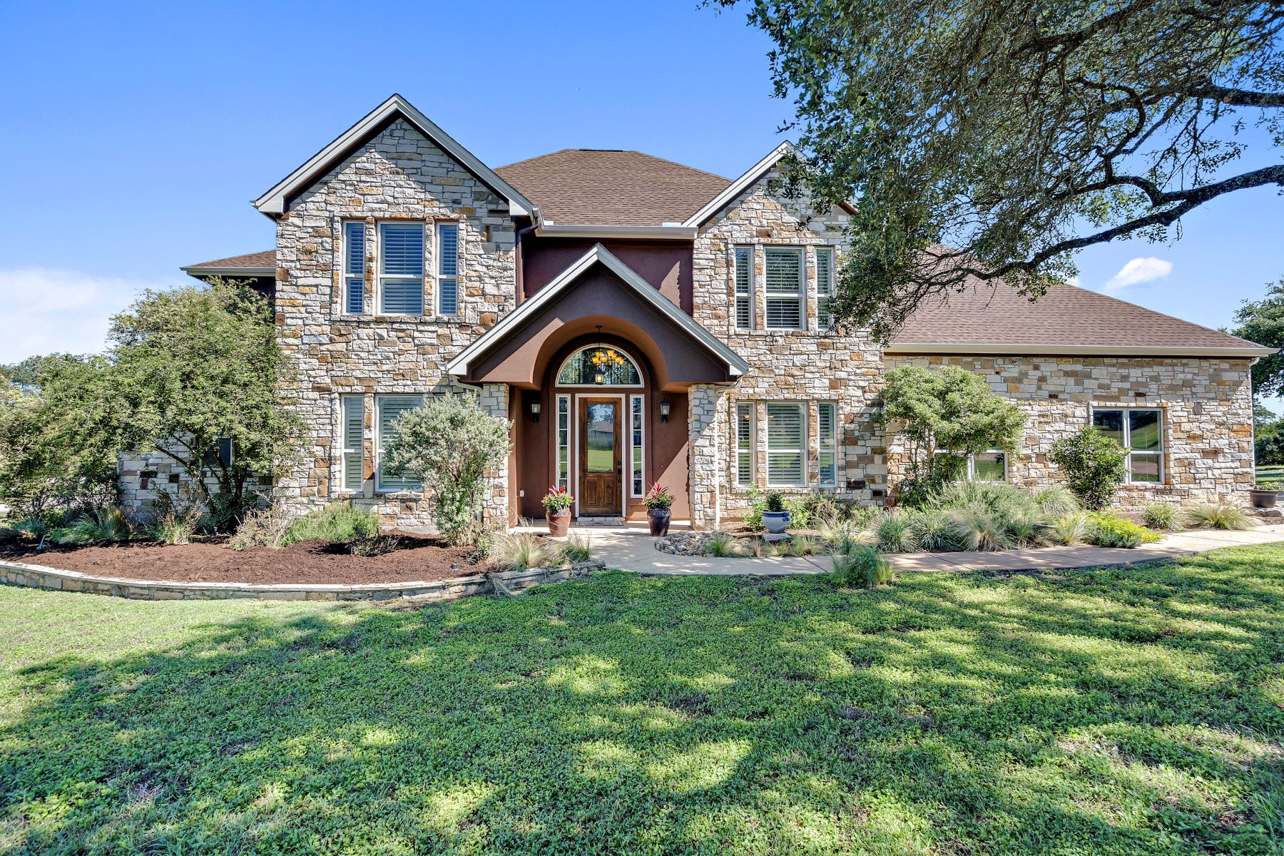 Single Family Homes 용 매매 에 129 Running Brook Cove, Driftwood, TX 78619 Driftwood, 텍사스 78619 미국