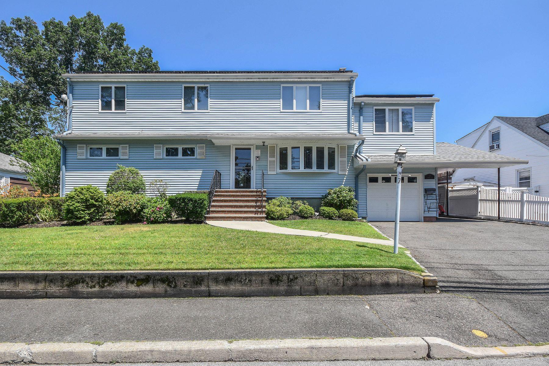 Single Family Homes 為 出售 在 17 Godfrey Avenue, Bayville, Ny, 11709 Bayville, 纽约 11709 美國