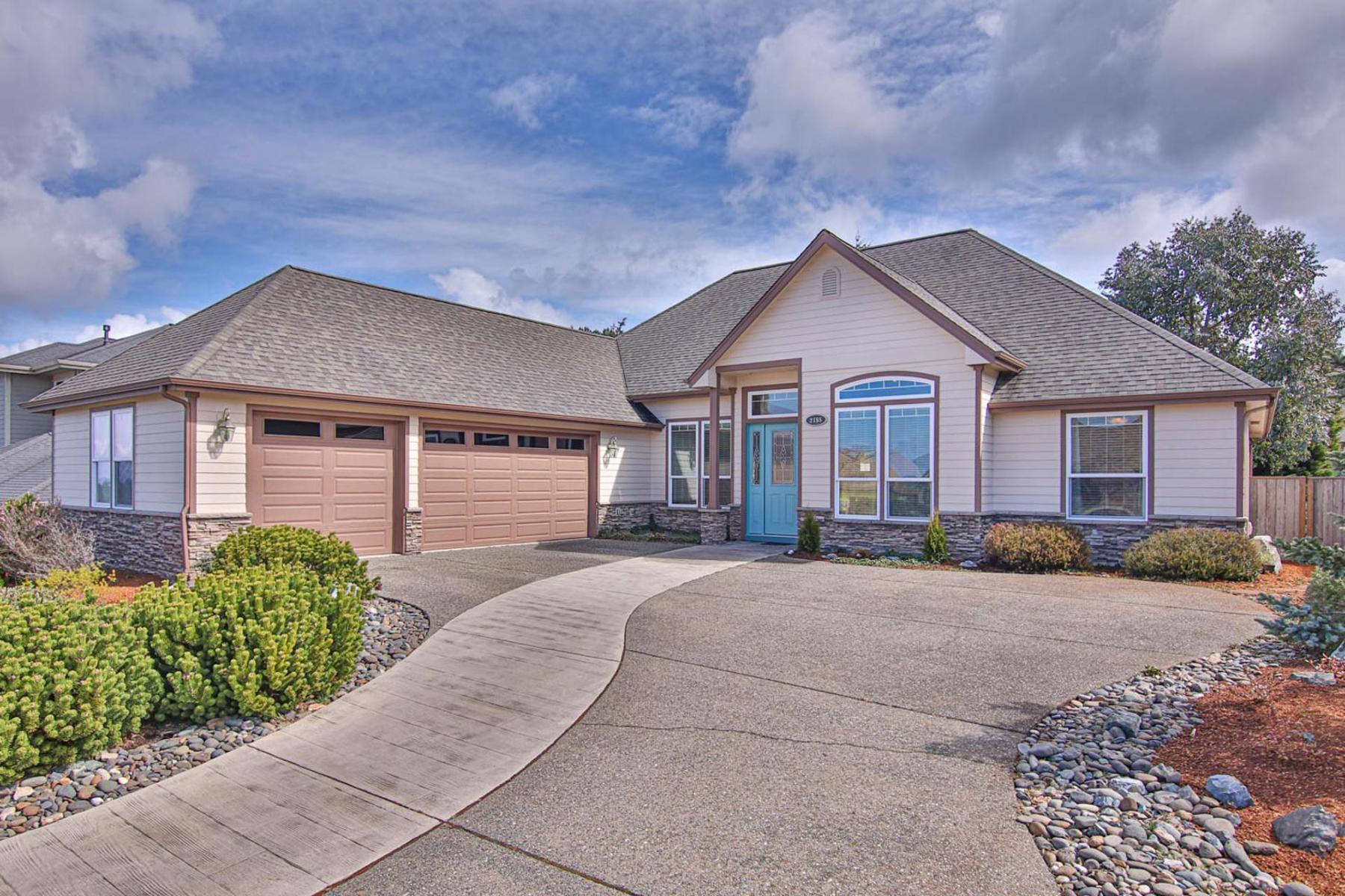 Single Family Homes για την Πώληση στο 2155 Garfield Street, North Bend, OR 97459 North Bend, Ορεγκον 97459 Ηνωμένες Πολιτείες