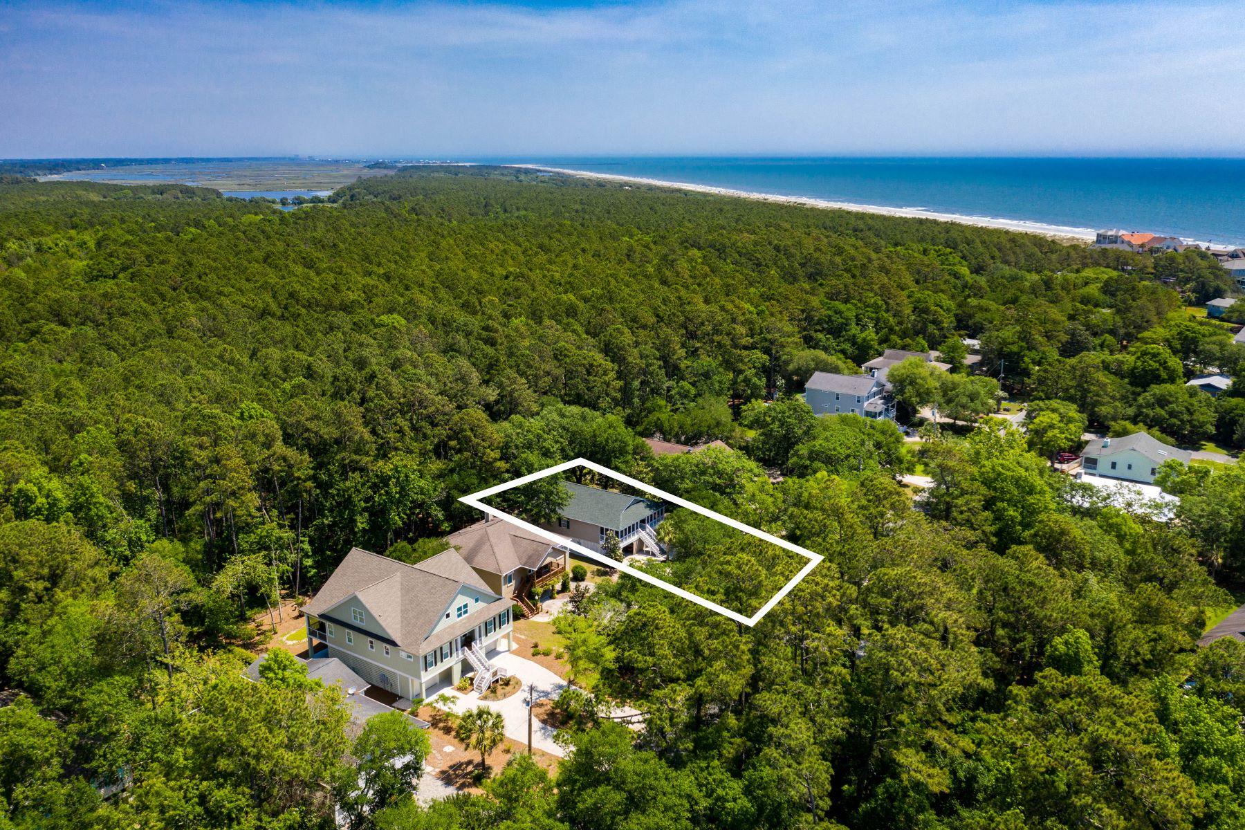Single Family Homes por un Venta en 129 Windover Drive, Pawleys Island, SC 29585 129 Windover Drive Pawleys Island, Carolina del Sur 29585 Estados Unidos