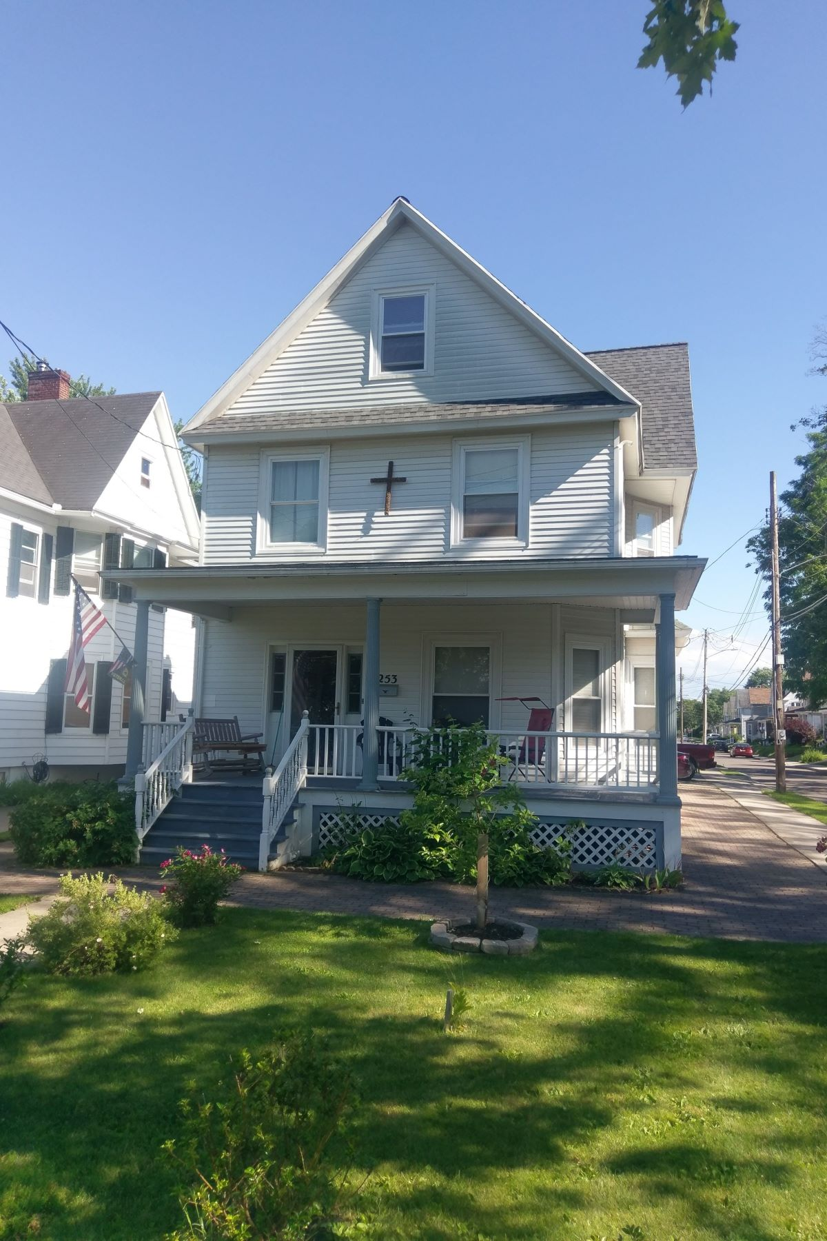 Single Family Homes 為 出售 在 Spacious Founders Square Living 253 Washington St, 日内瓦, 纽约 14456 美國