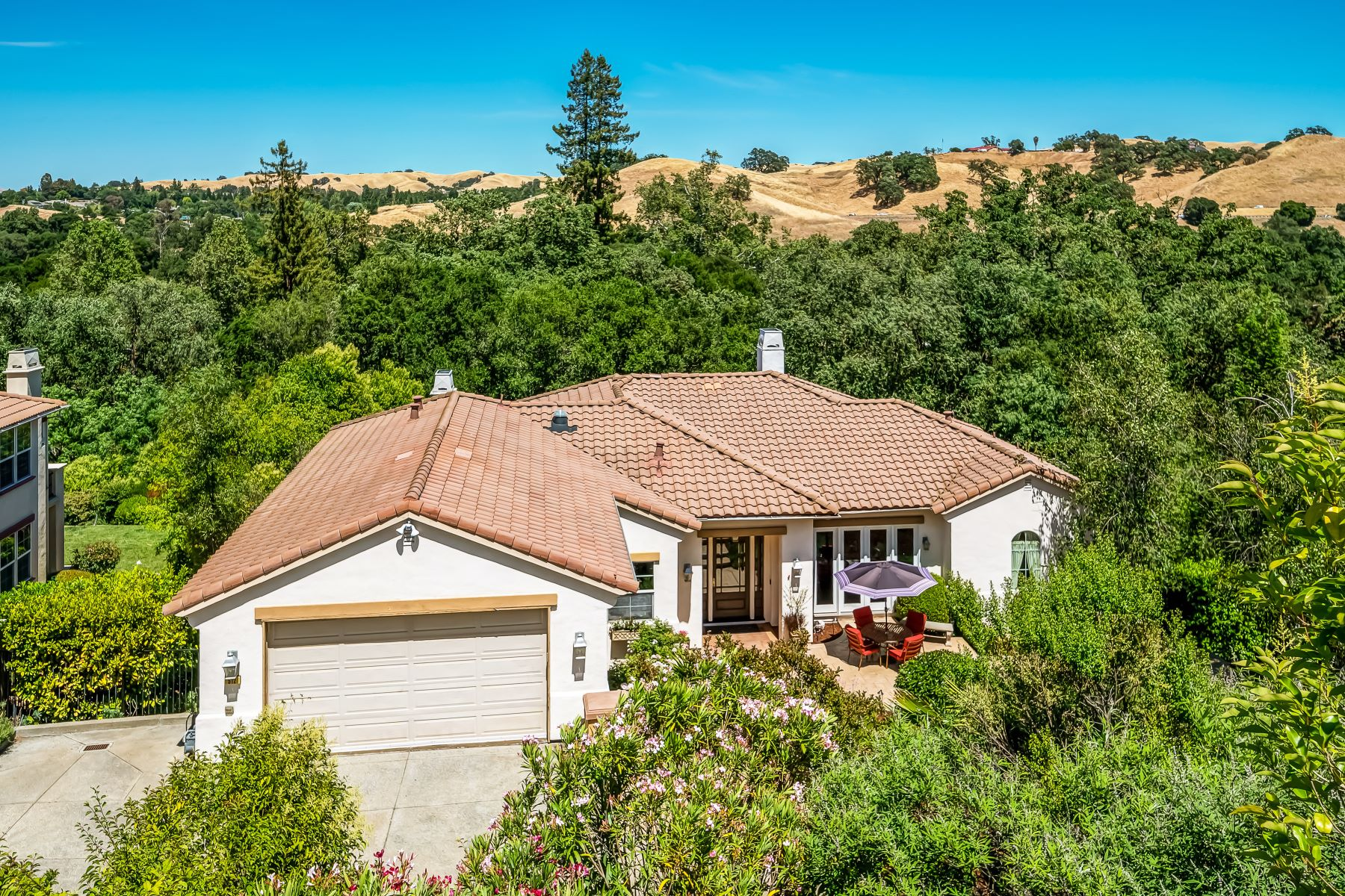 Single Family Homes for Active at 512 Bunker Lane, Pleasanton, CA 94566 512 Bunker Lane, Pleasanton Pleasanton, California 94566 United States