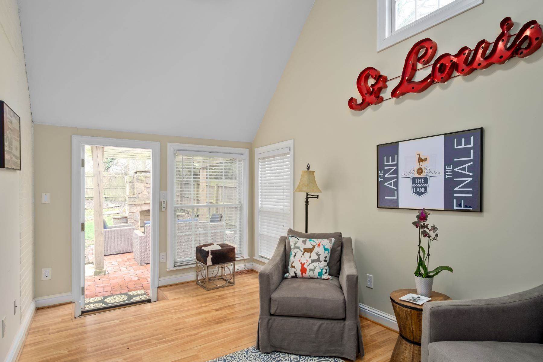Additional photo for property listing at Glendale Charmer 774 Brownell Avenue St. Louis, Missouri 63122 United States