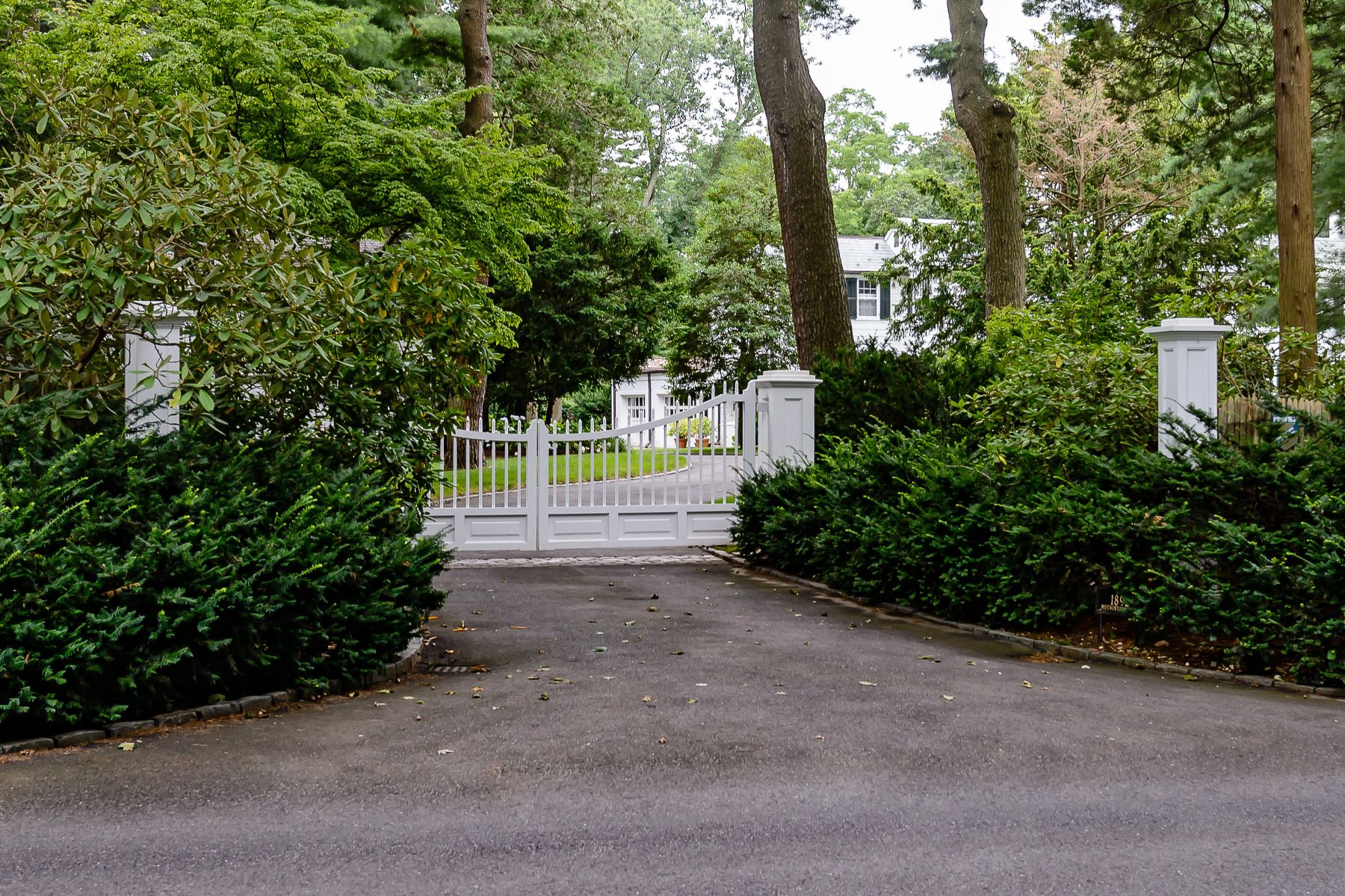 Single Family Homes for Sale at 1892 Muttontown Road Muttontown, New York 11791 United States