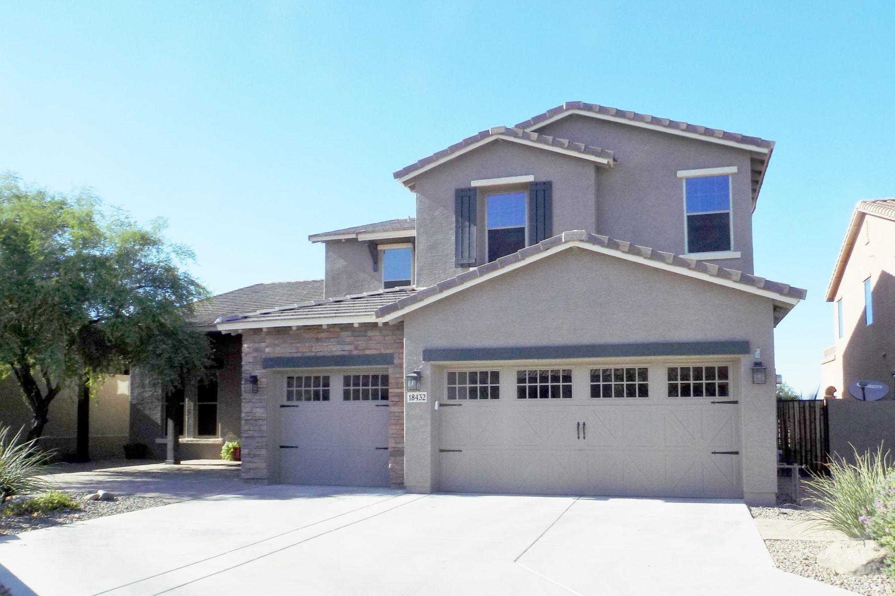 Single Family Homes por un Venta en 18432 West Desert View Lane, Goodyear, AZ 85338 18432 W Desert View Lane Goodyear, Arizona 85338 Estados Unidos