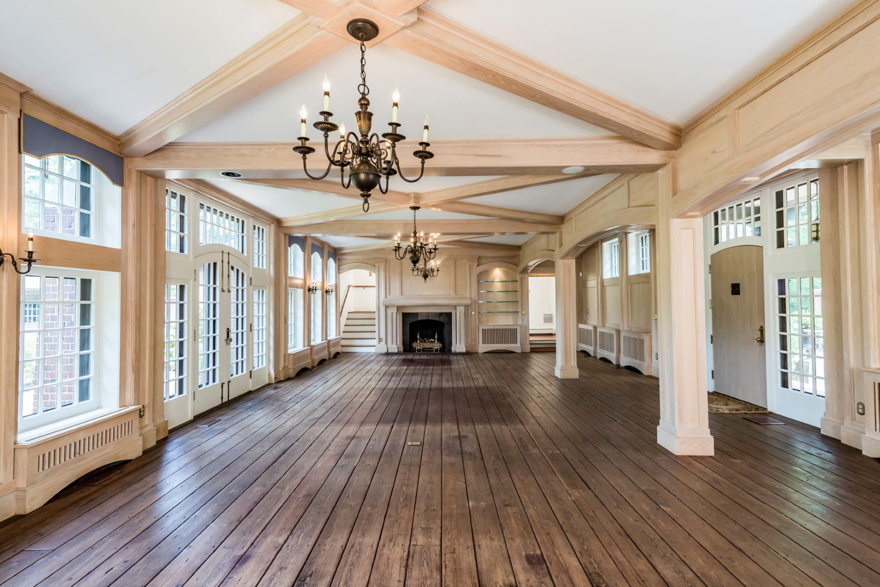 Additional photo for property listing at Historic significance - Restored for the 21st Century 20 Greenhouse Drive, Princeton, New Jersey 08540 United States