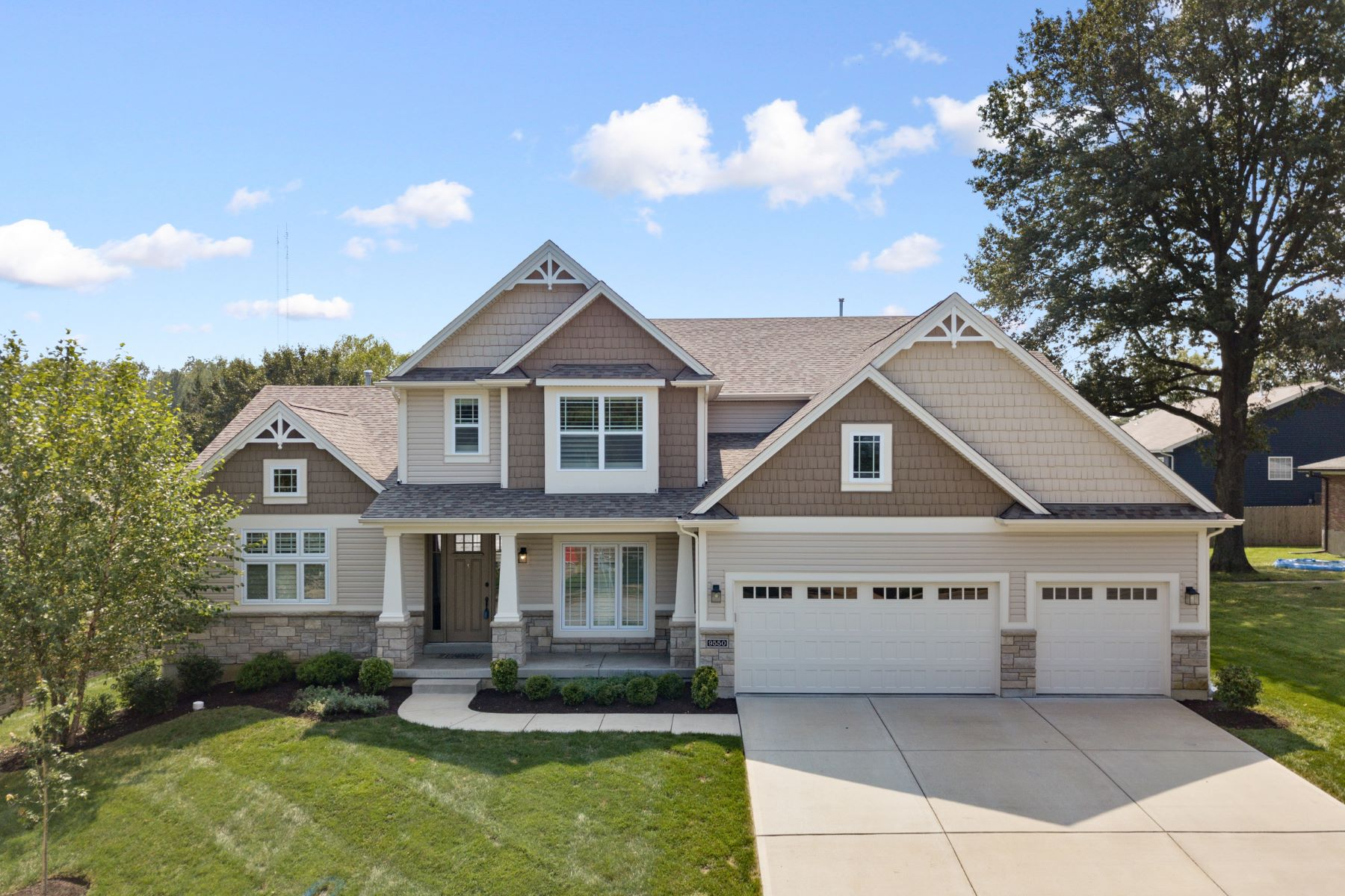 Property for Sale at Fabulous Dream Home in Lindbergh Schools 9550 Garber Road Crestwood, Missouri 63126 United States