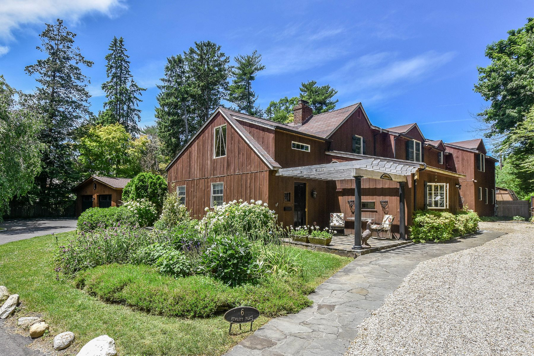 Single Family Homes 為 出售 在 6 Hewlett Place, Glen Head, Ny, 11545 Glen Head, 纽约 11545 美國