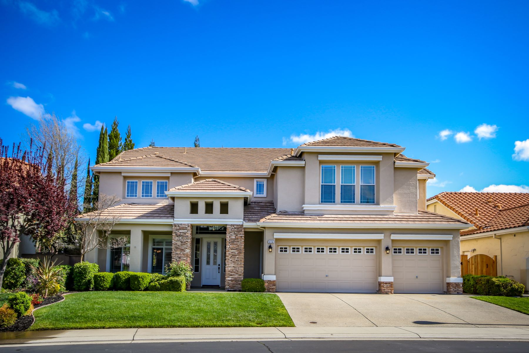Single Family Homes for Sale at 9156 Moondancer Circle, Roseville, CA 95747 9156 Moondancer Circle Roseville, California 95747 United States