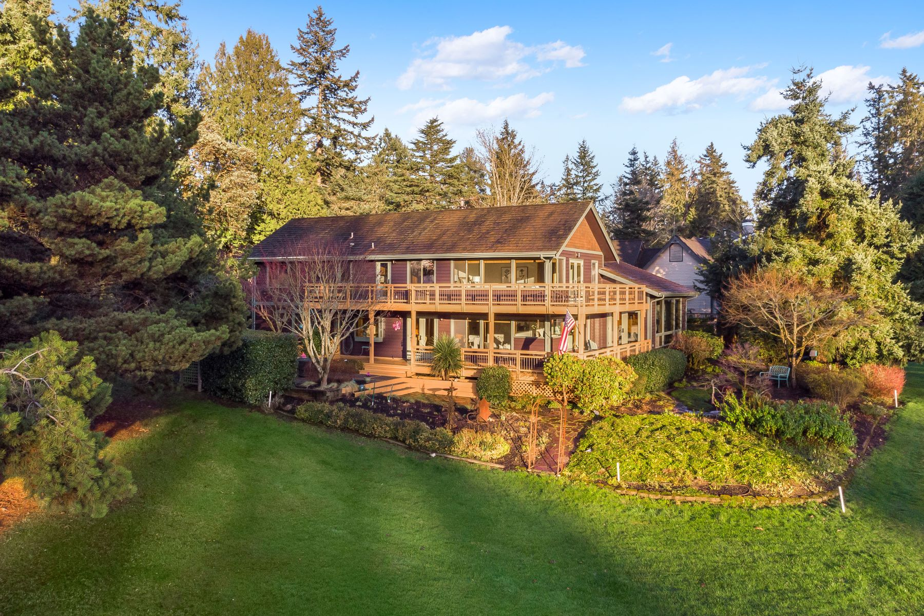 Single Family Homes for Sale at 11351 Northeast Wing Point Way, Bainbridge Island, WA 98110 11351 NE Wing Point Way Bainbridge Island, Washington 98110 United States