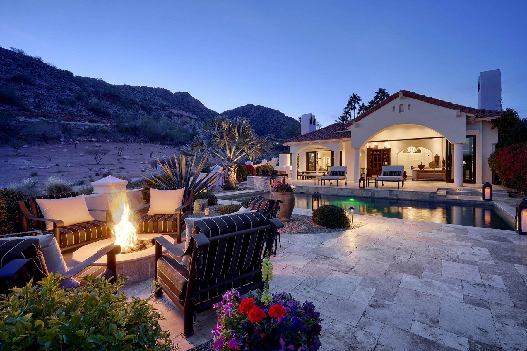 Single Family Homes por un Venta en Phoenician Estates 6231 E VISTA DR Paradise Valley, Arizona 85253 Estados Unidos
