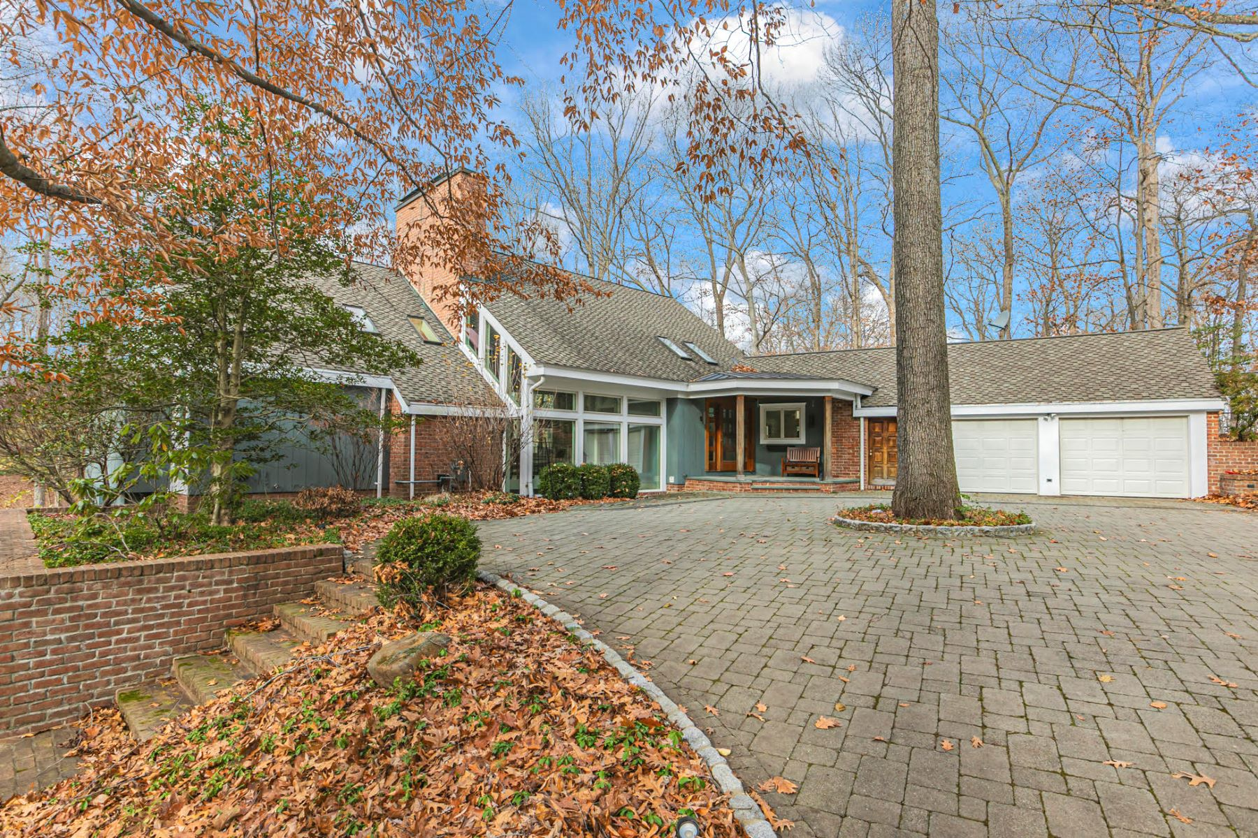 Additional photo for property listing at Immaculately Presented Home With A Prized Bedens Brook View 188 Rolling Hill Road, Skillman, New Jersey 08558 United States