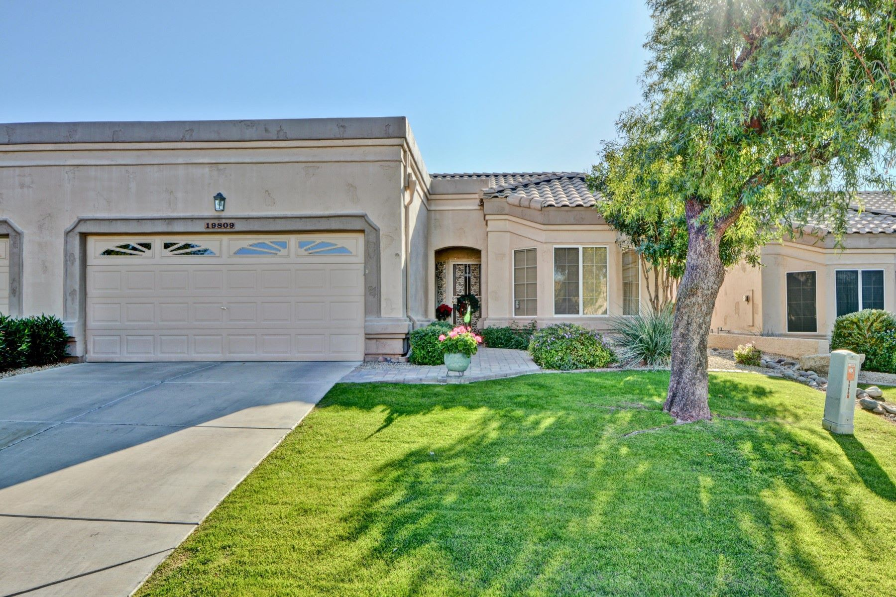 Single Family Homes por un Venta en Westbrook Village 19809 N 90th Avenue Peoria, Arizona 85382 Estados Unidos