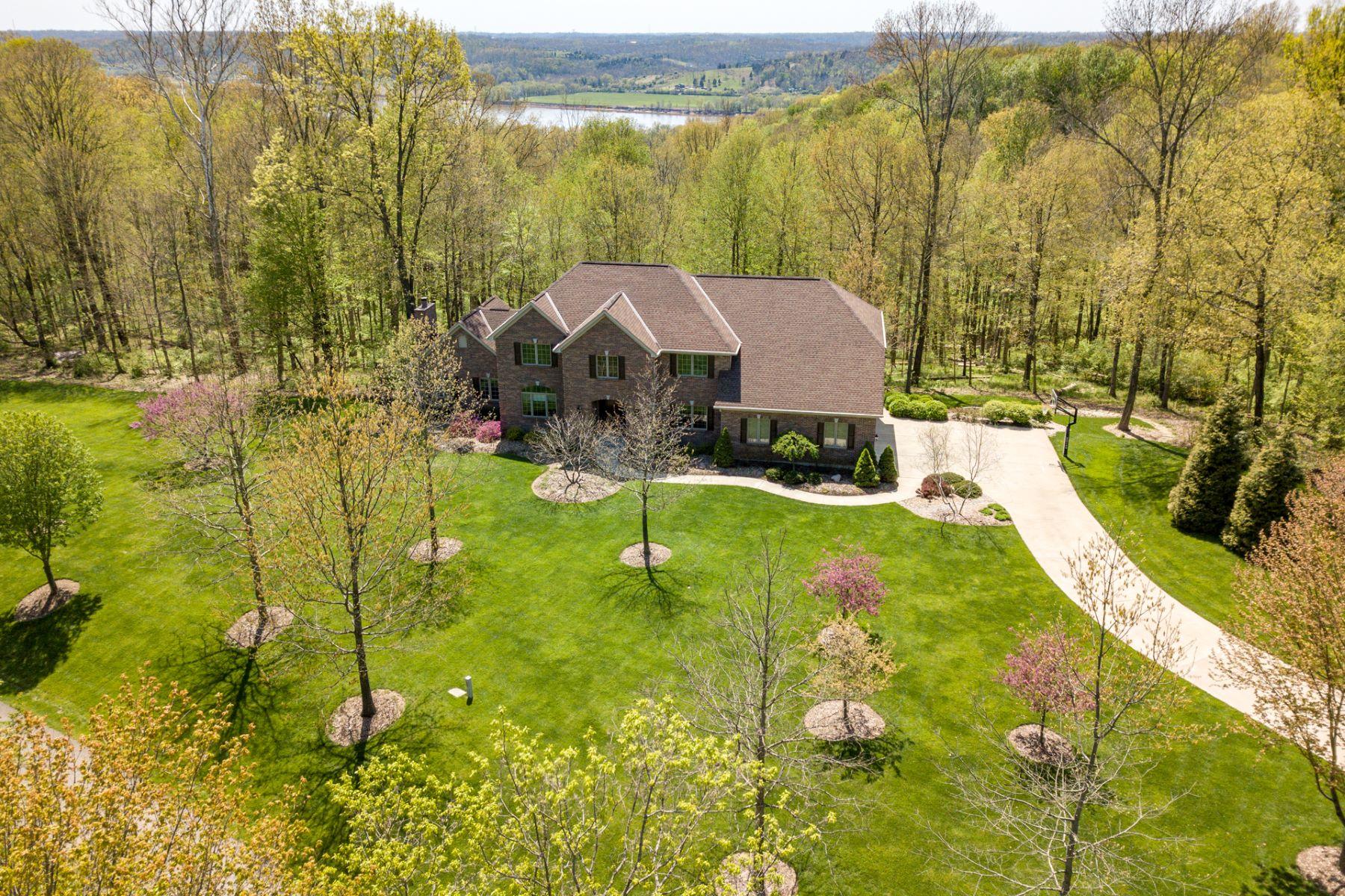 Single Family Homes 为 销售 在 29 Locust Hill Road, Cincinnati, OH 45245 29 Locust Hill Road 辛辛那提, 俄亥俄州 45245 美国