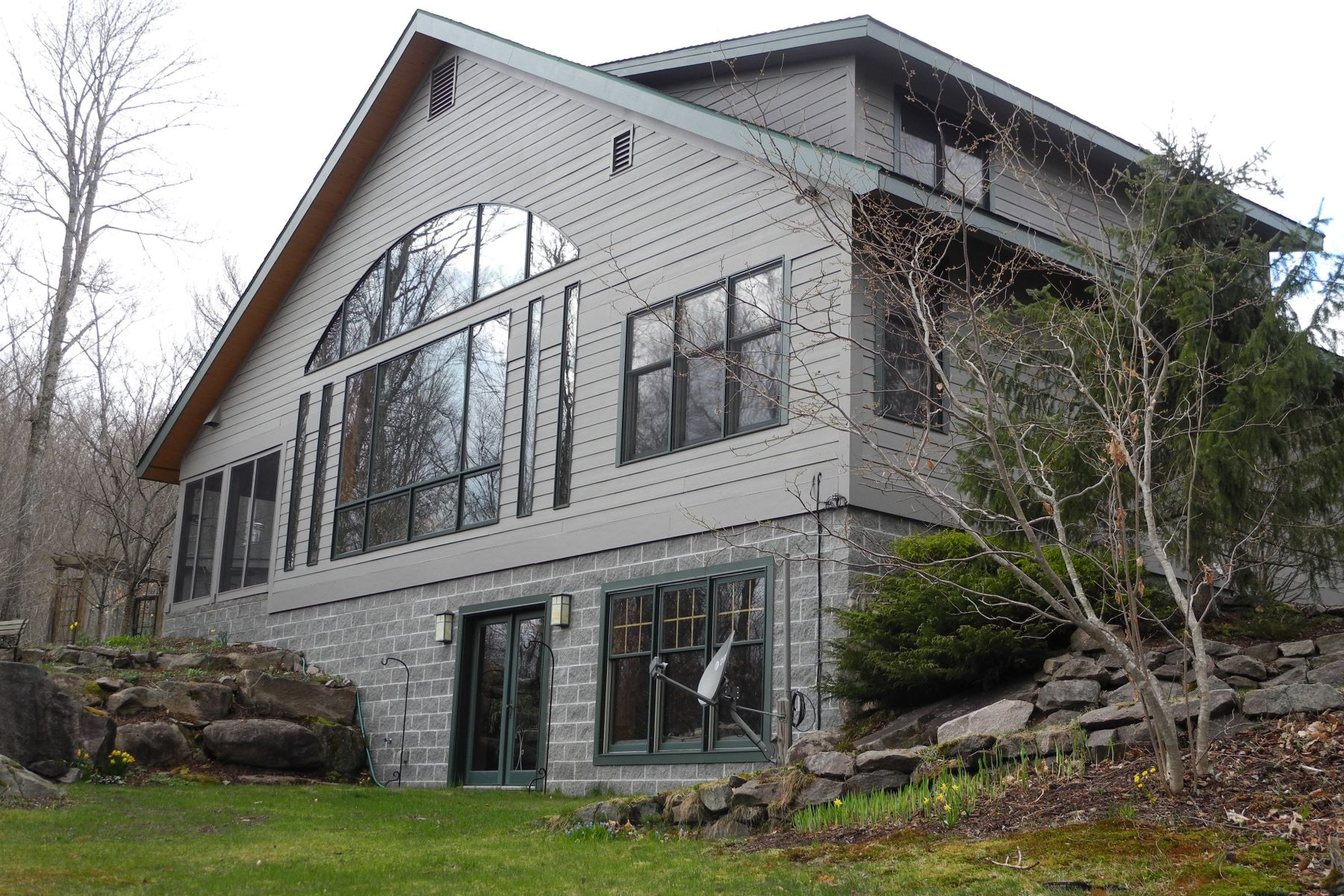 Single Family Homes for Active at Split Rock Camp on the Raquette River 226 Raquette Flow Drive Piercefield, New York 12973 United States