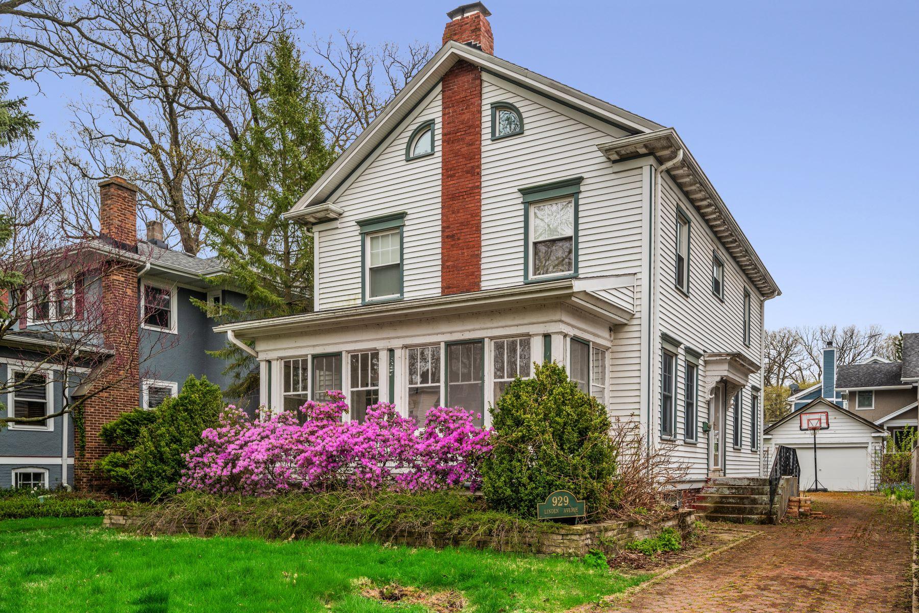 Single Family Homes para Venda às Great Home 929 Linden Avenue, Wilmette, Illinois 60091 Estados Unidos