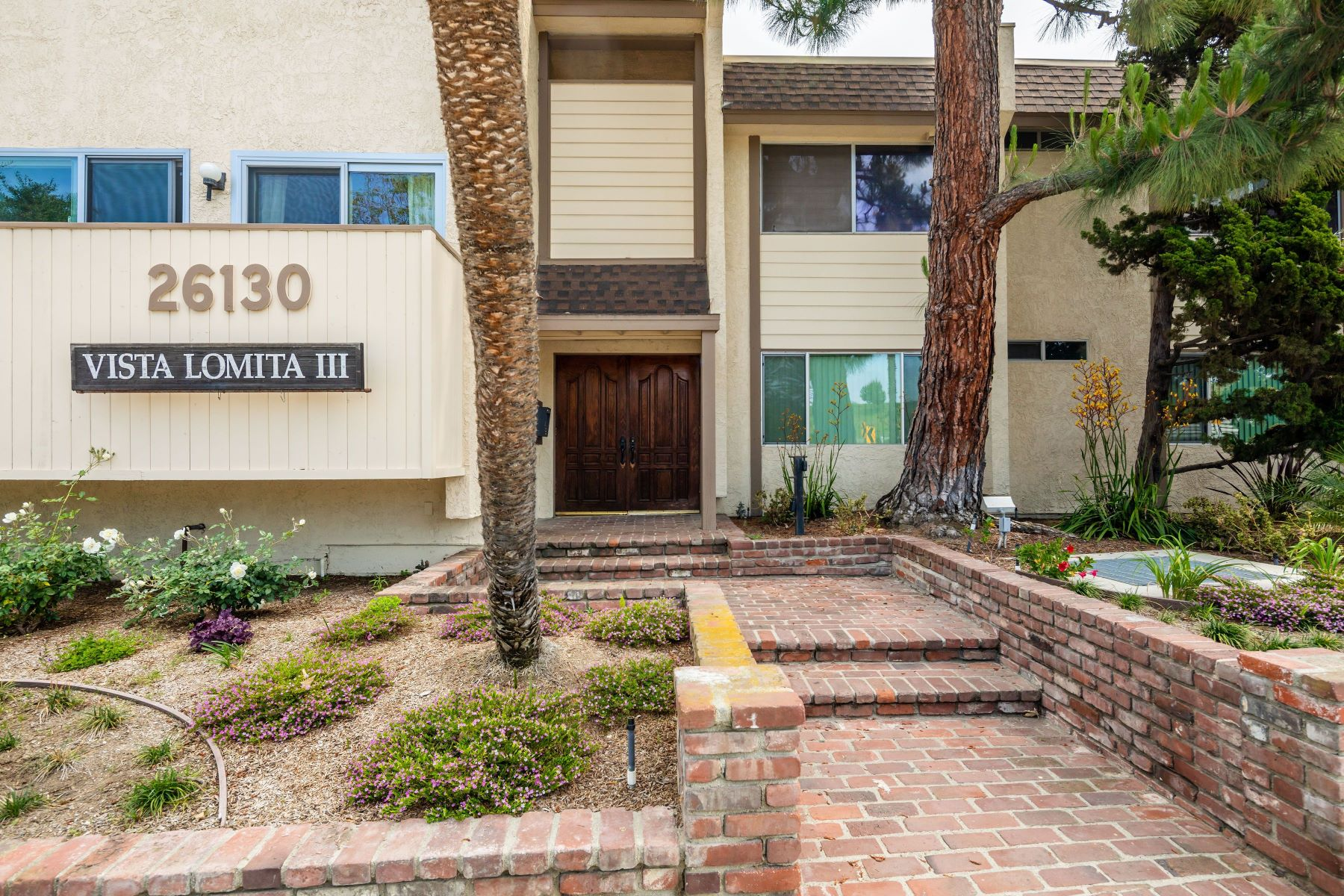 Condominiums for Active at 26130 Narbonne Avenue #105, Lomita, CA 90717 26130 Narbonne Avenue #105 Lomita, California 90717 United States