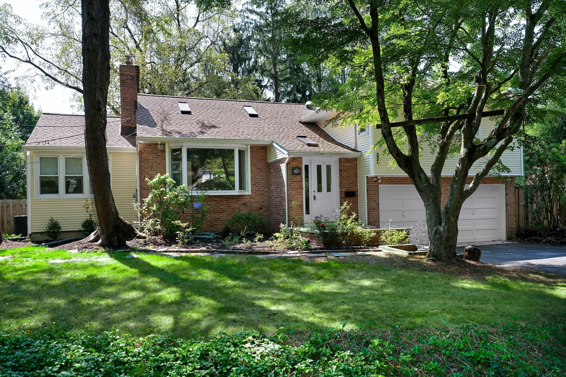 Incredibly Flexible Riverside Home with a Pool 221 Riverside Drive, Princeton, Nueva Jersey 08540 Estados Unidos