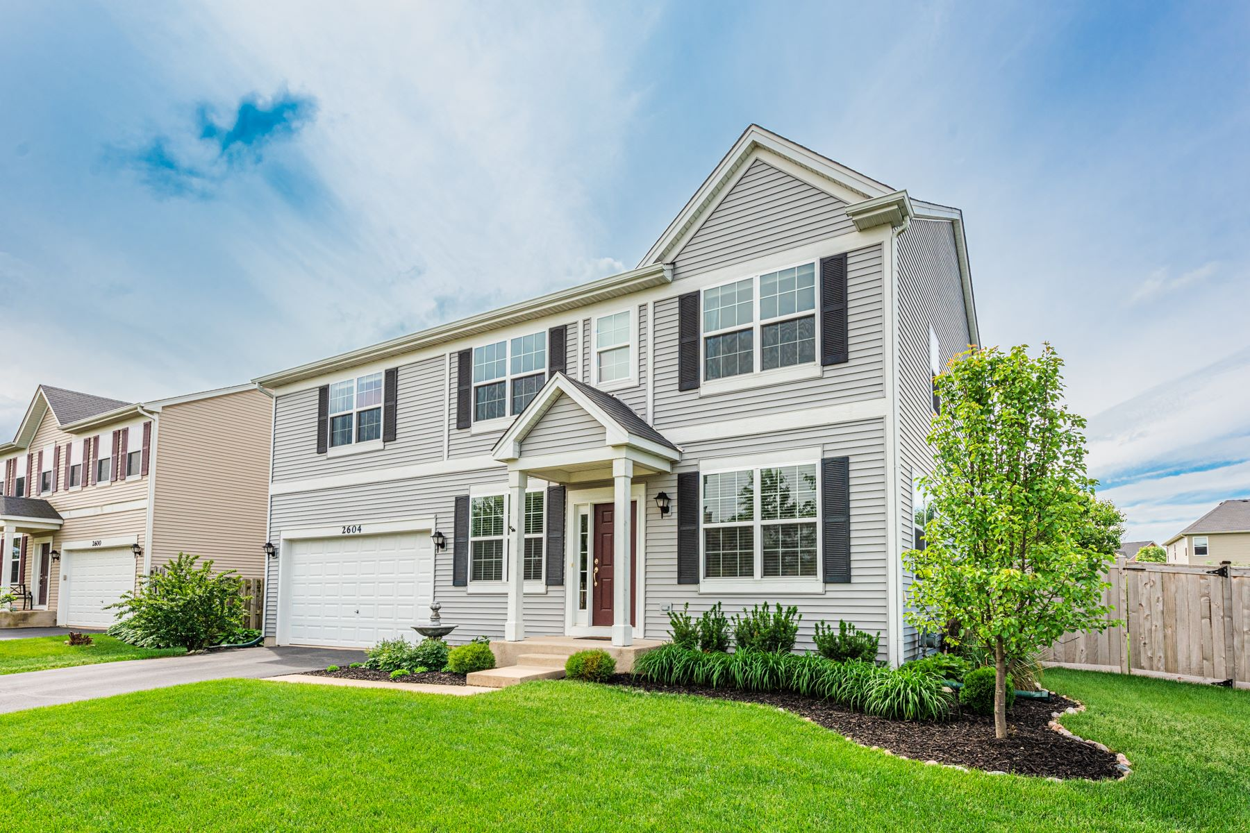 Single Family Homes for Active at Rare Model in Liberty Lakes East 2604 Water Lily Lane Wauconda, Illinois 60084 United States