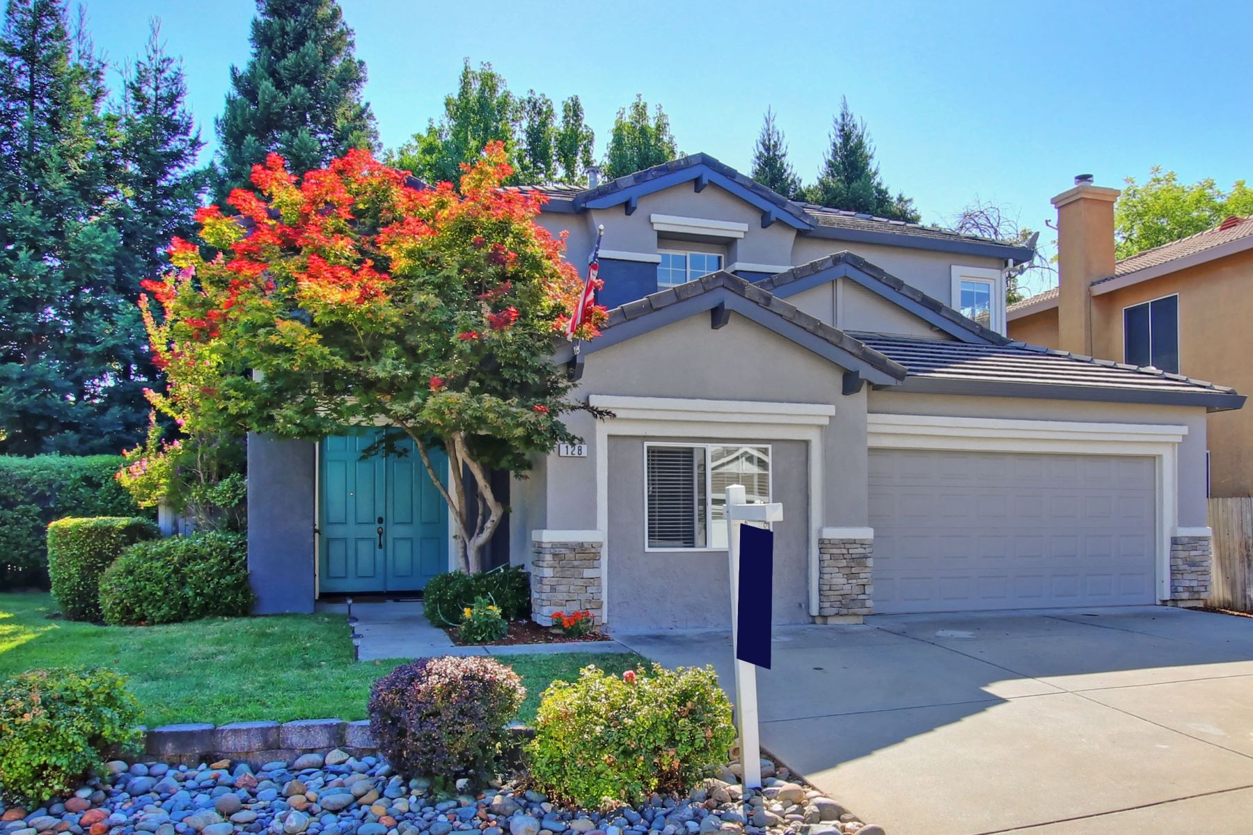 Single Family Homes for Sale at 128 Artemis Ct., Roseville, CA 95661 128 Artemis Ct. Roseville, California 95661 United States
