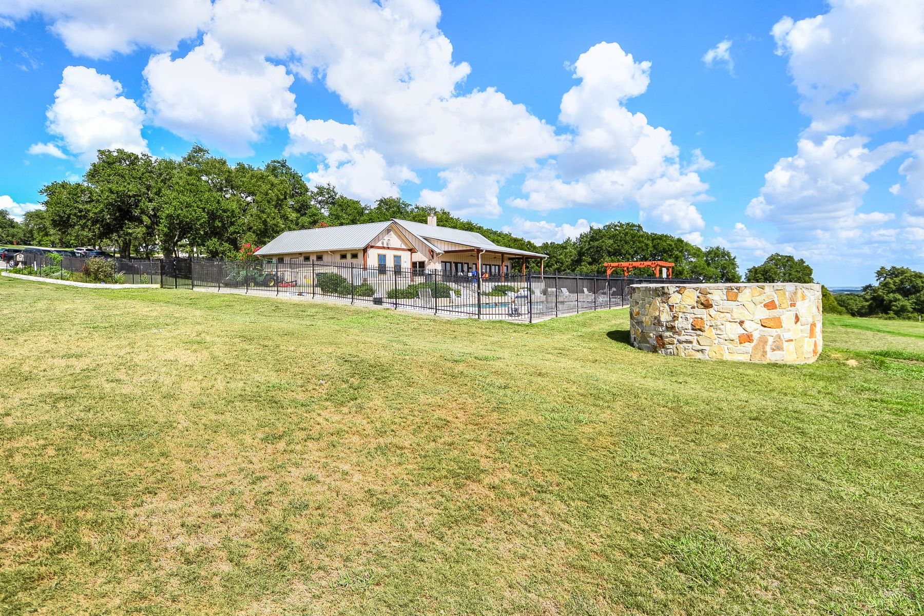 Additional photo for property listing at Stately Home in River Chase 262 Northridge New Braunfels, Texas 78132 United States